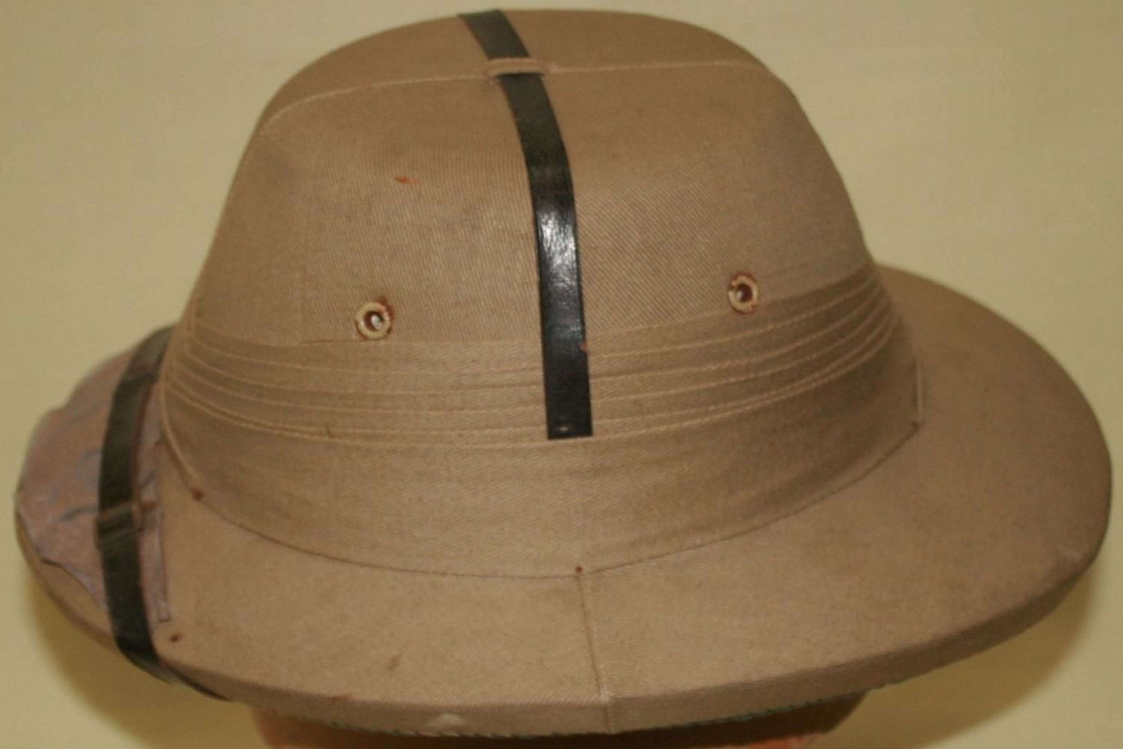 A WWII TROPICAL PITH HELMET
