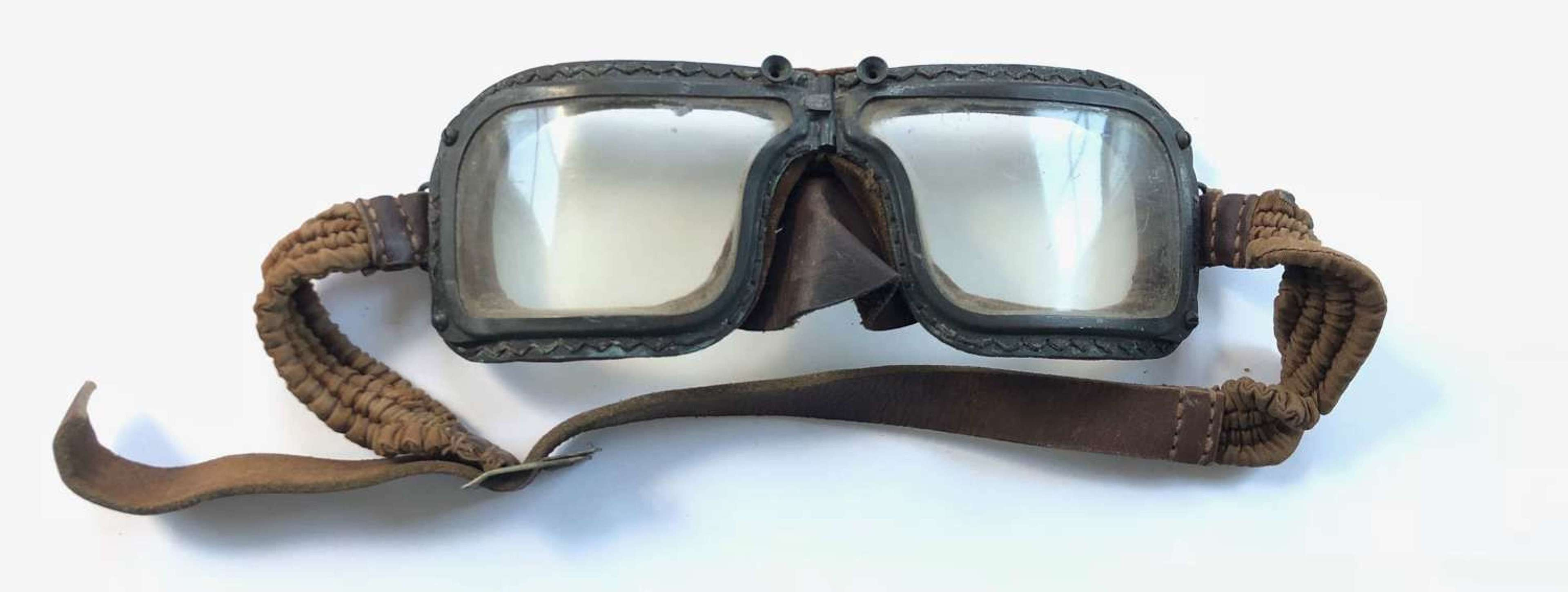 WW2 RAF Battle of Britain Pattern A Good Pair of MKIII Flying Goggles.