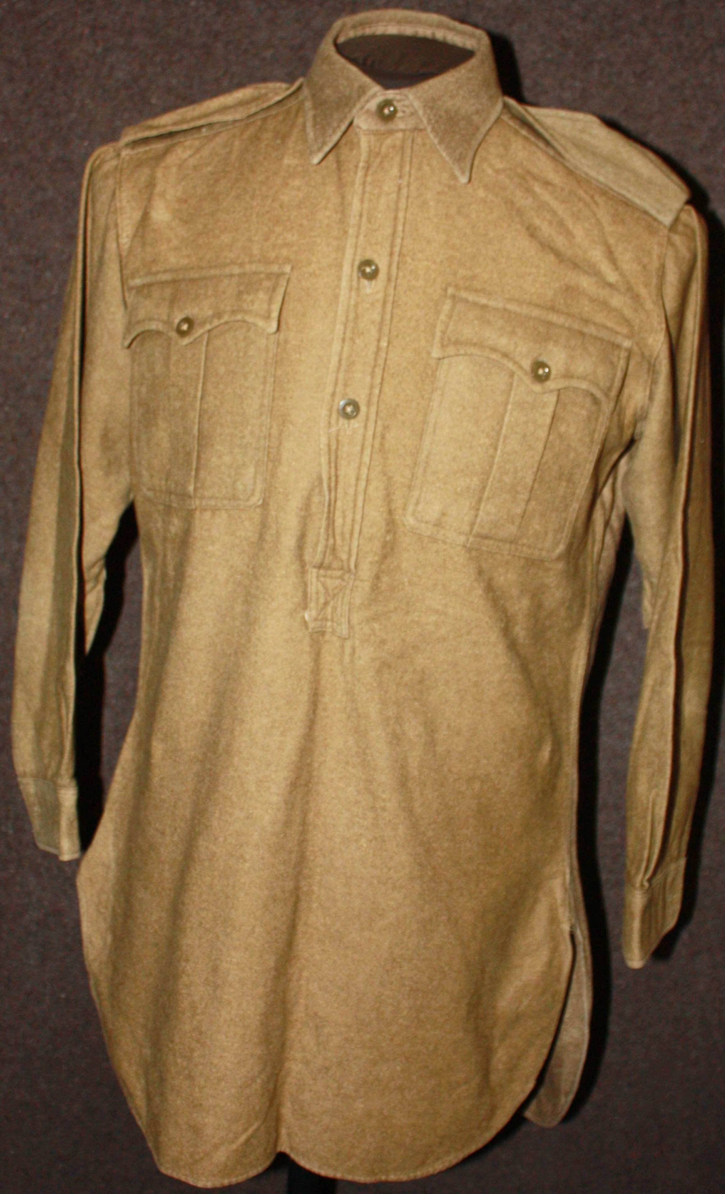 A WWII COLLAR ATTACHED SHIRT SIZE 38-39 APPROX