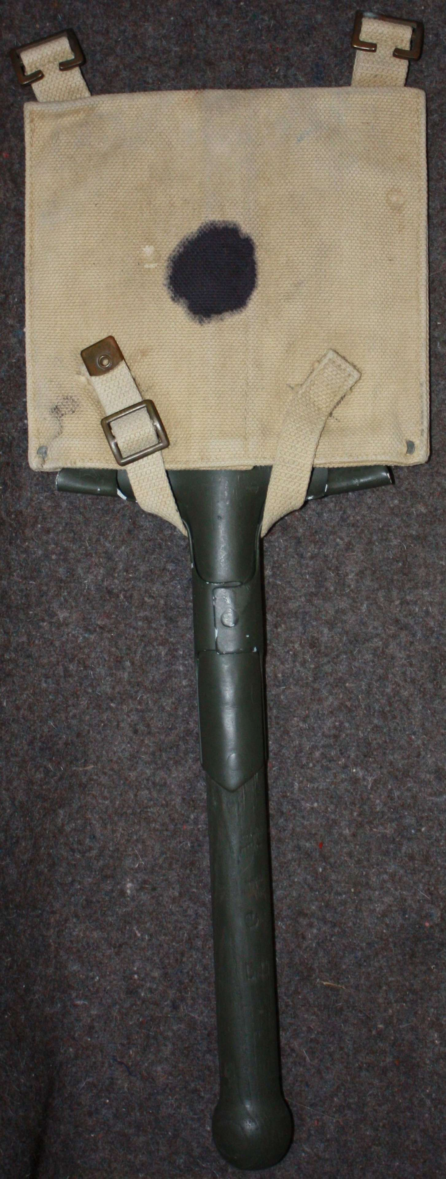 A GOOD EARLY WWII 37 PATTERN ENTRENCHING TOOL SPADE AND CARRIER