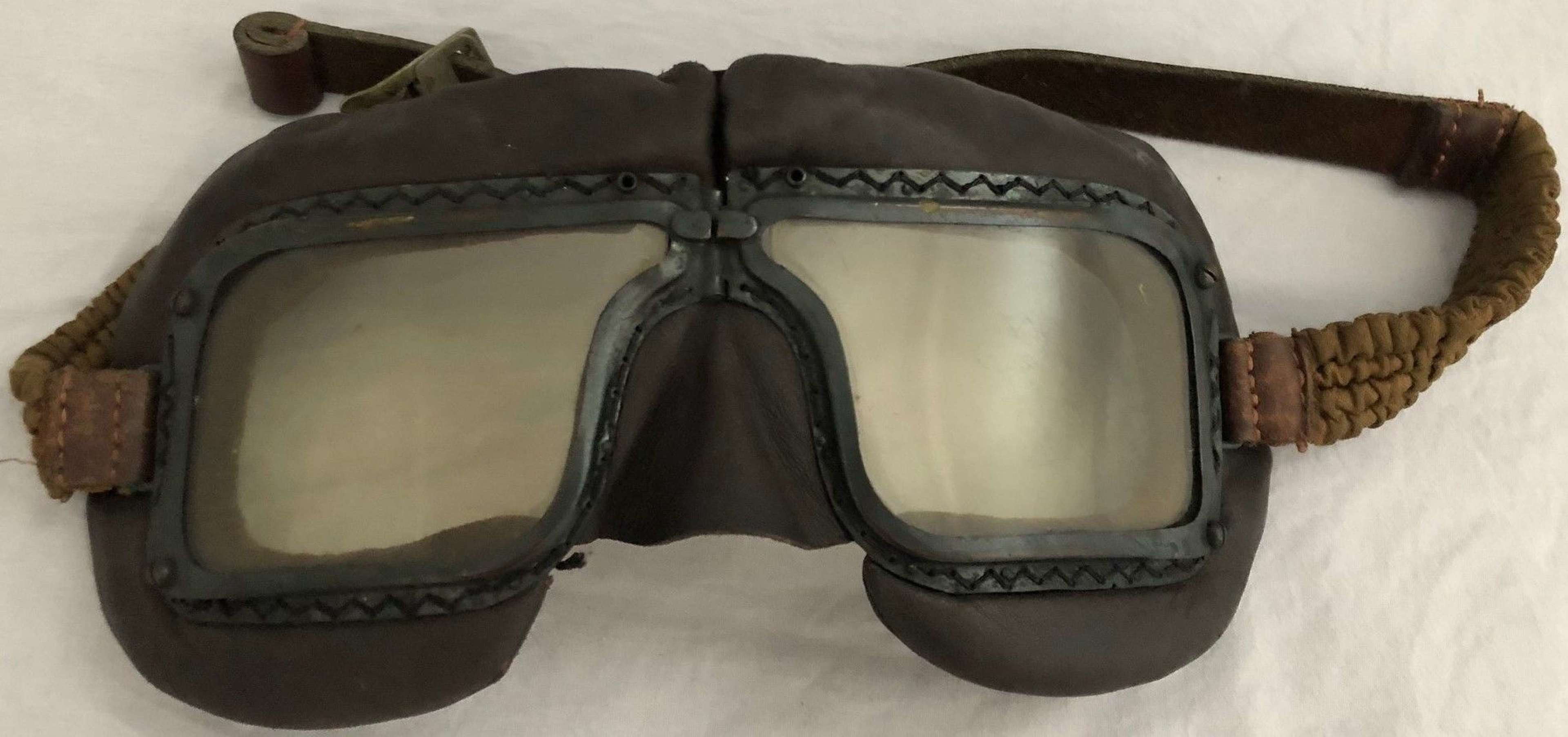 WWII PAIR OF RAF AM MARKED 1939 DATED MKIII FLYING GOGGLES