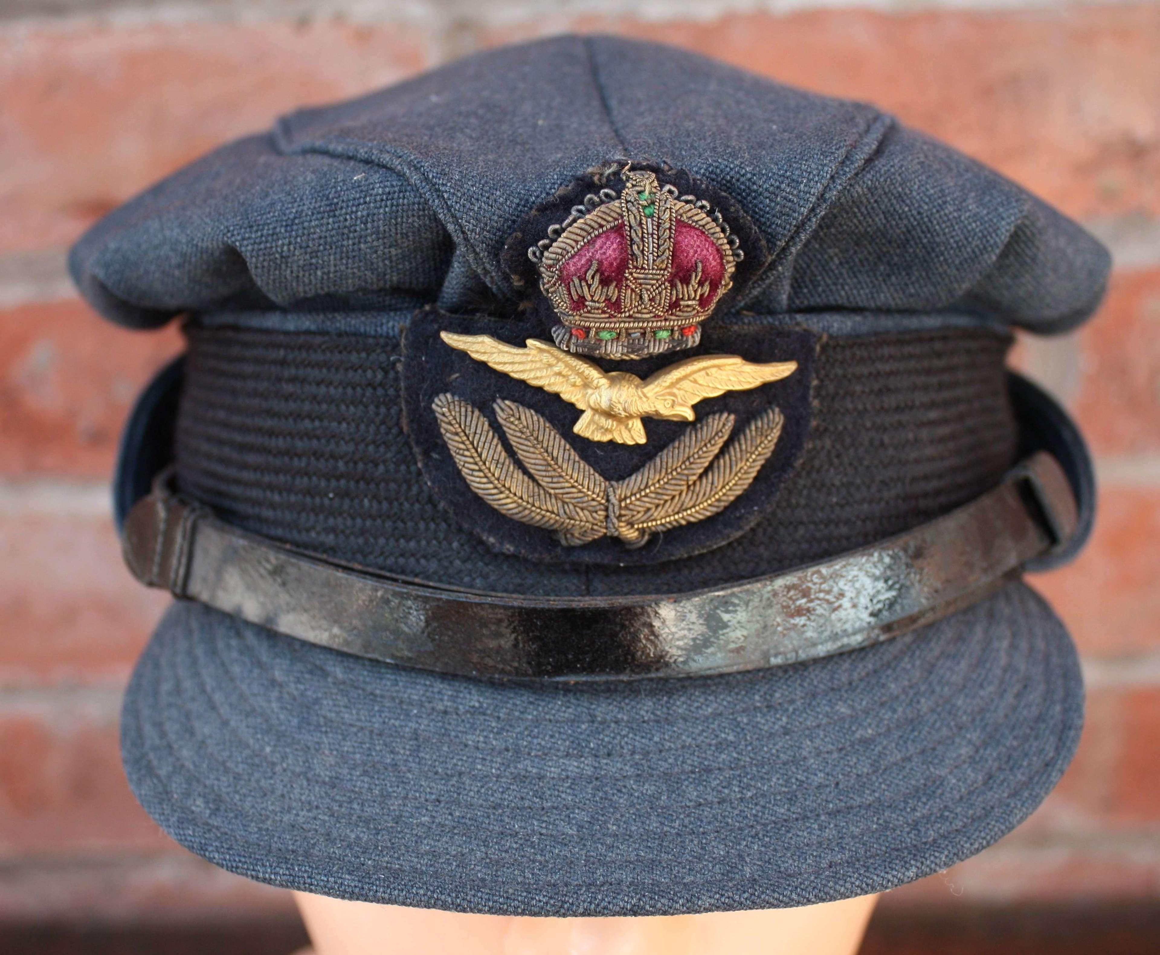 ORIGINAL WW2 WOMENS ROYAL AIR FORCE WRAF OFFICERS CAP.