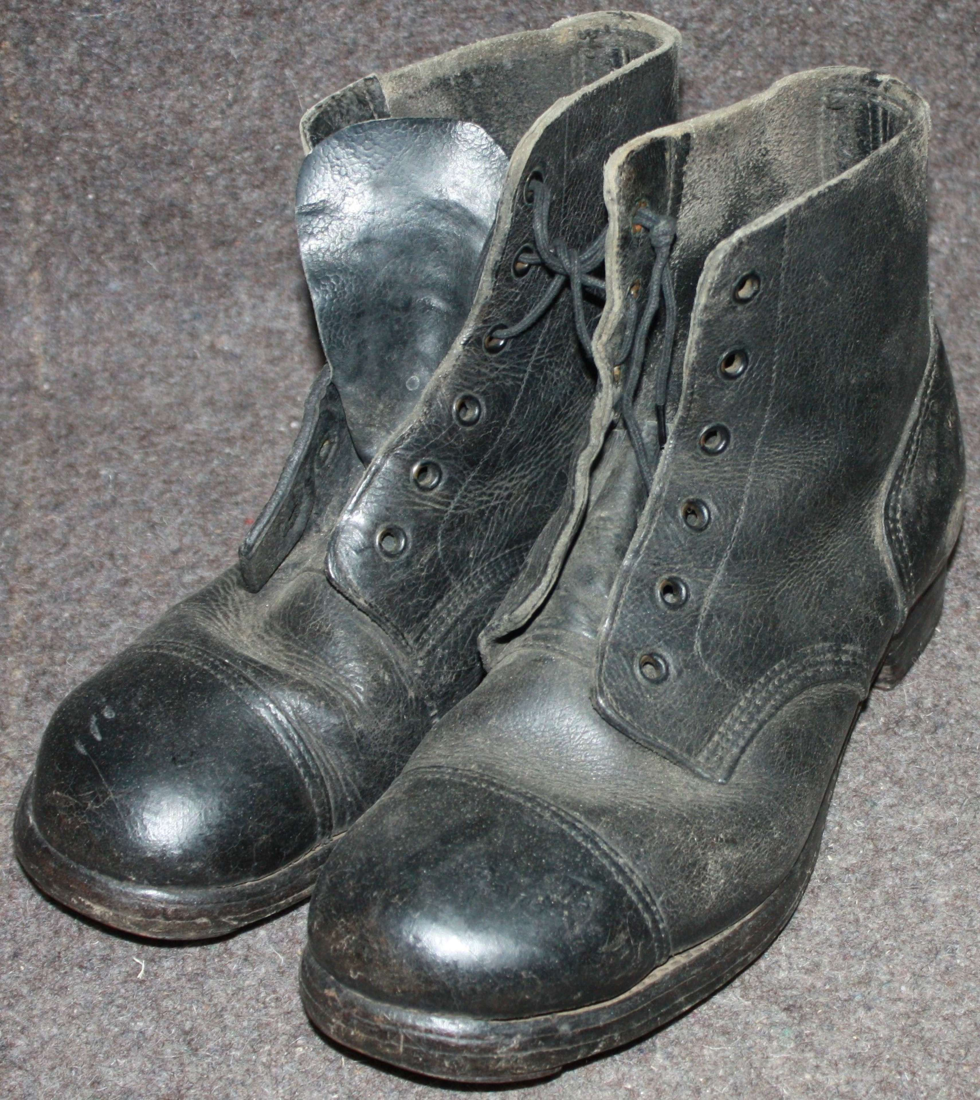 A PAIR OF RAF MARKED 1943 DATED HOB NAIL BOOTS SIZE 7 M
