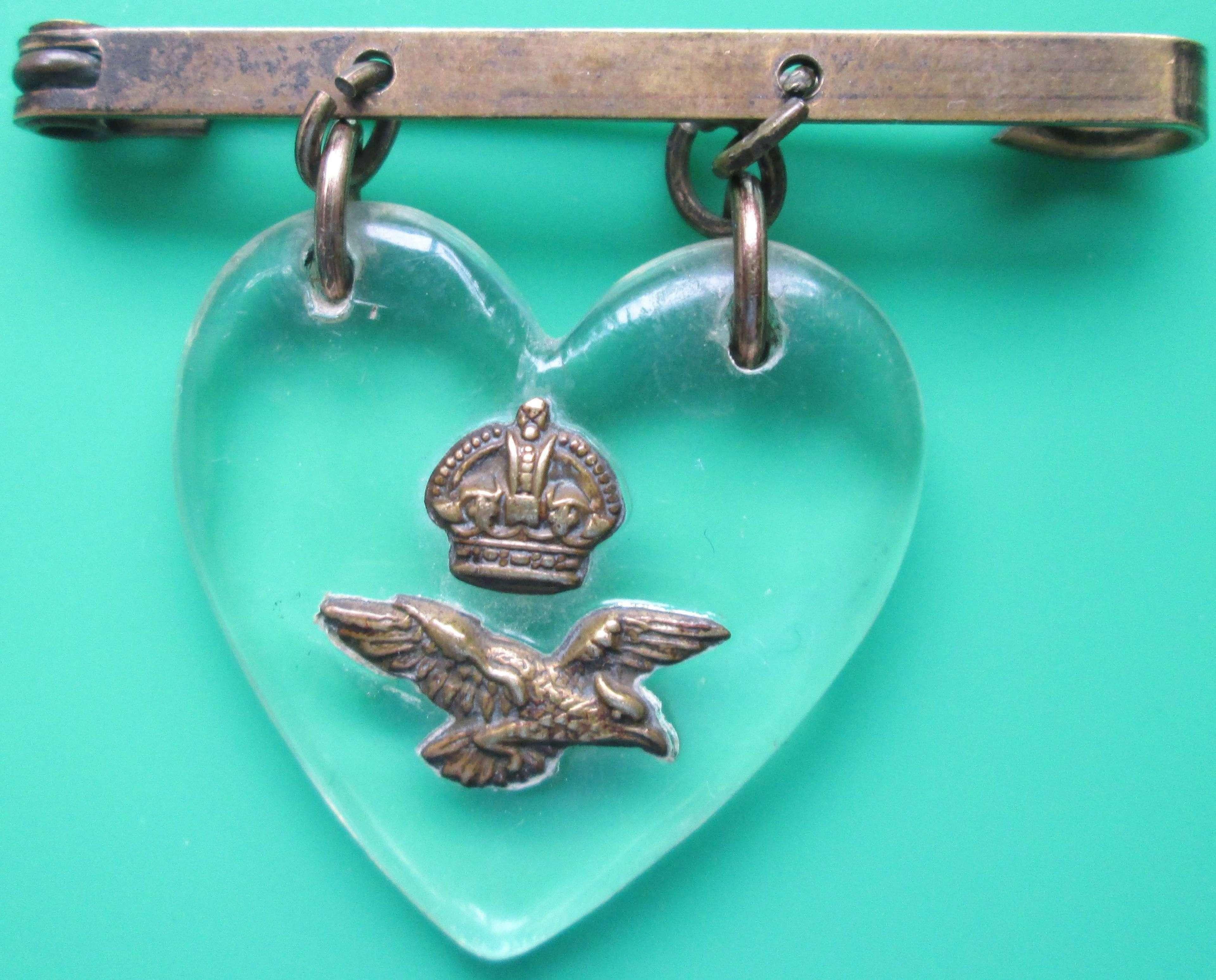 A WWII PERIOD RAF PERSPEX SWEETHEART BADGE