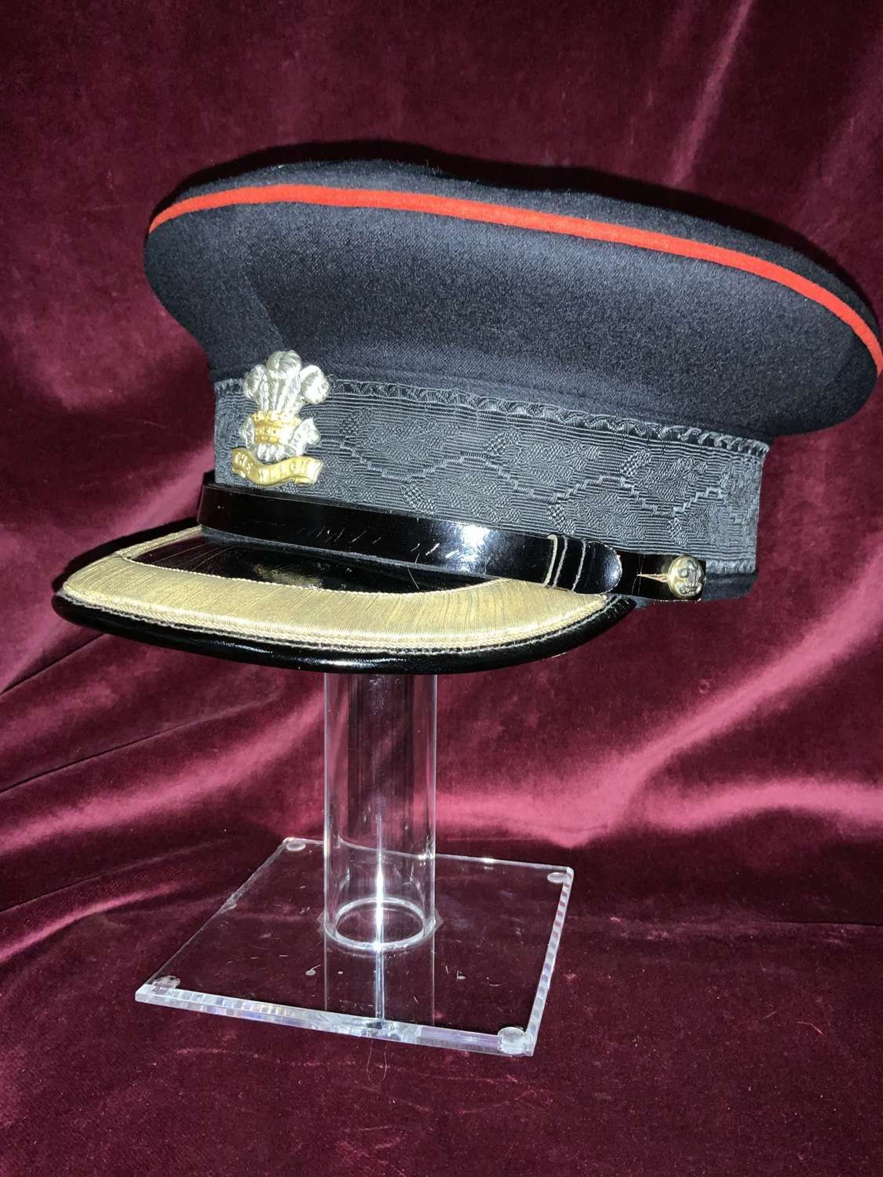 Royal Welch Fusiliers, Field Rank Cap.