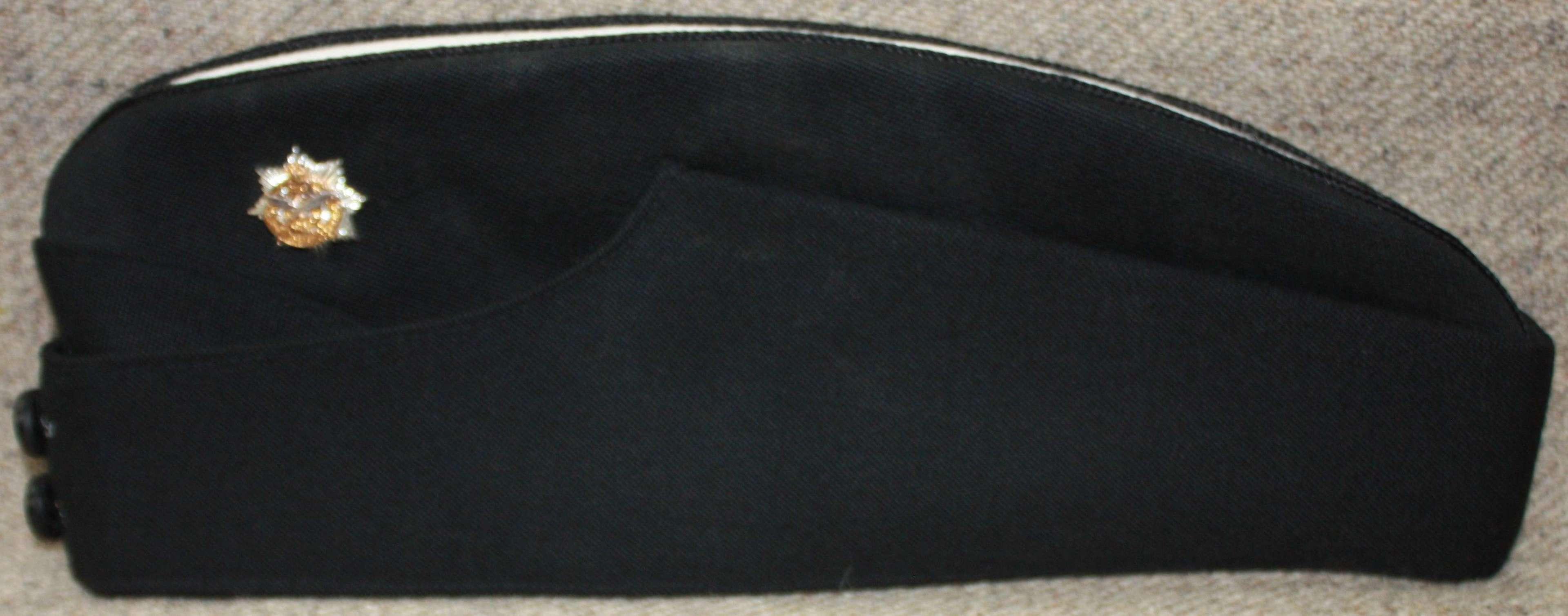A FAIRLY MODERN GURKHA LOGISTICS OFFICERS SIDE CAP