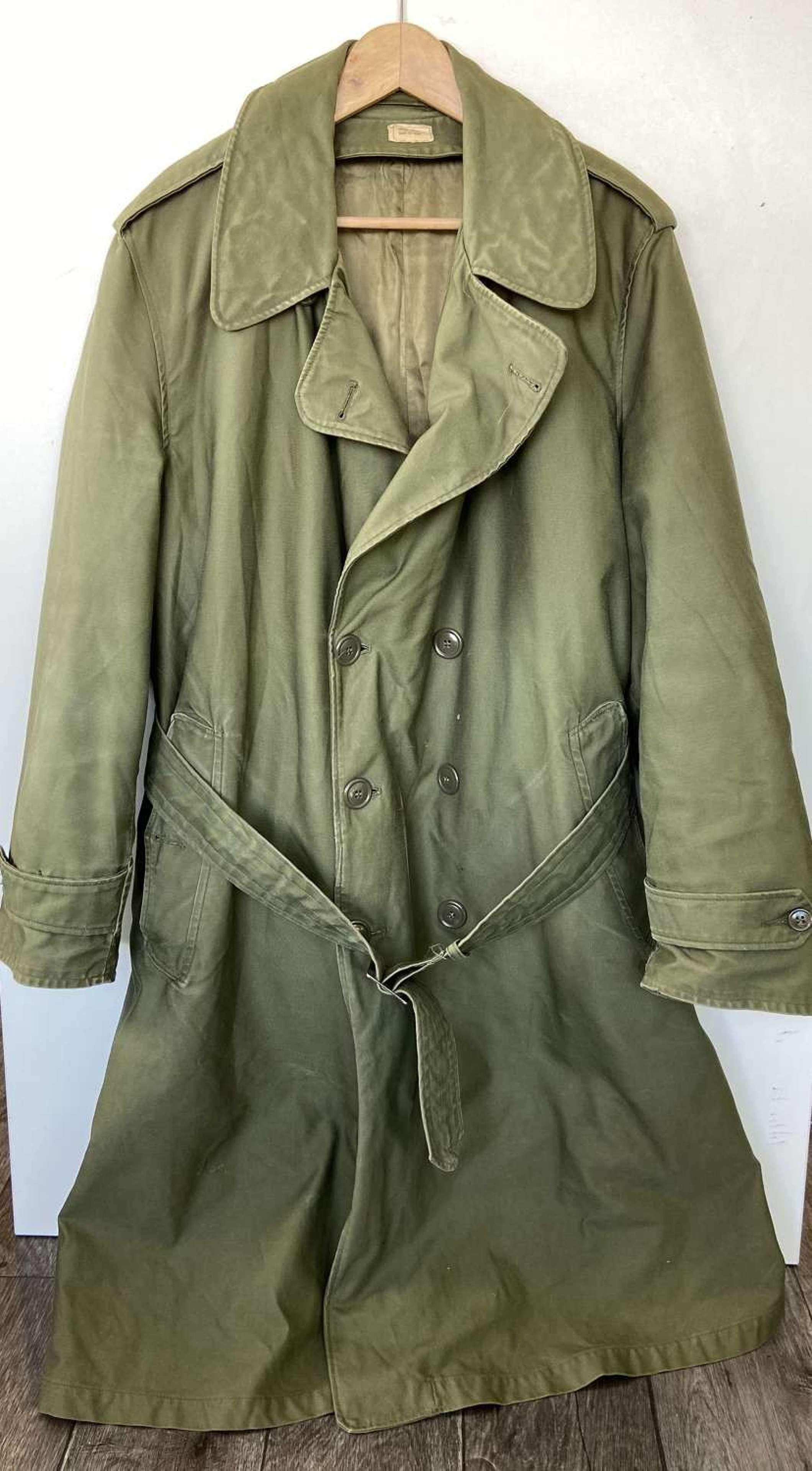 WW2 To Early 1950s USA Officers Trench Coat And Liner Large