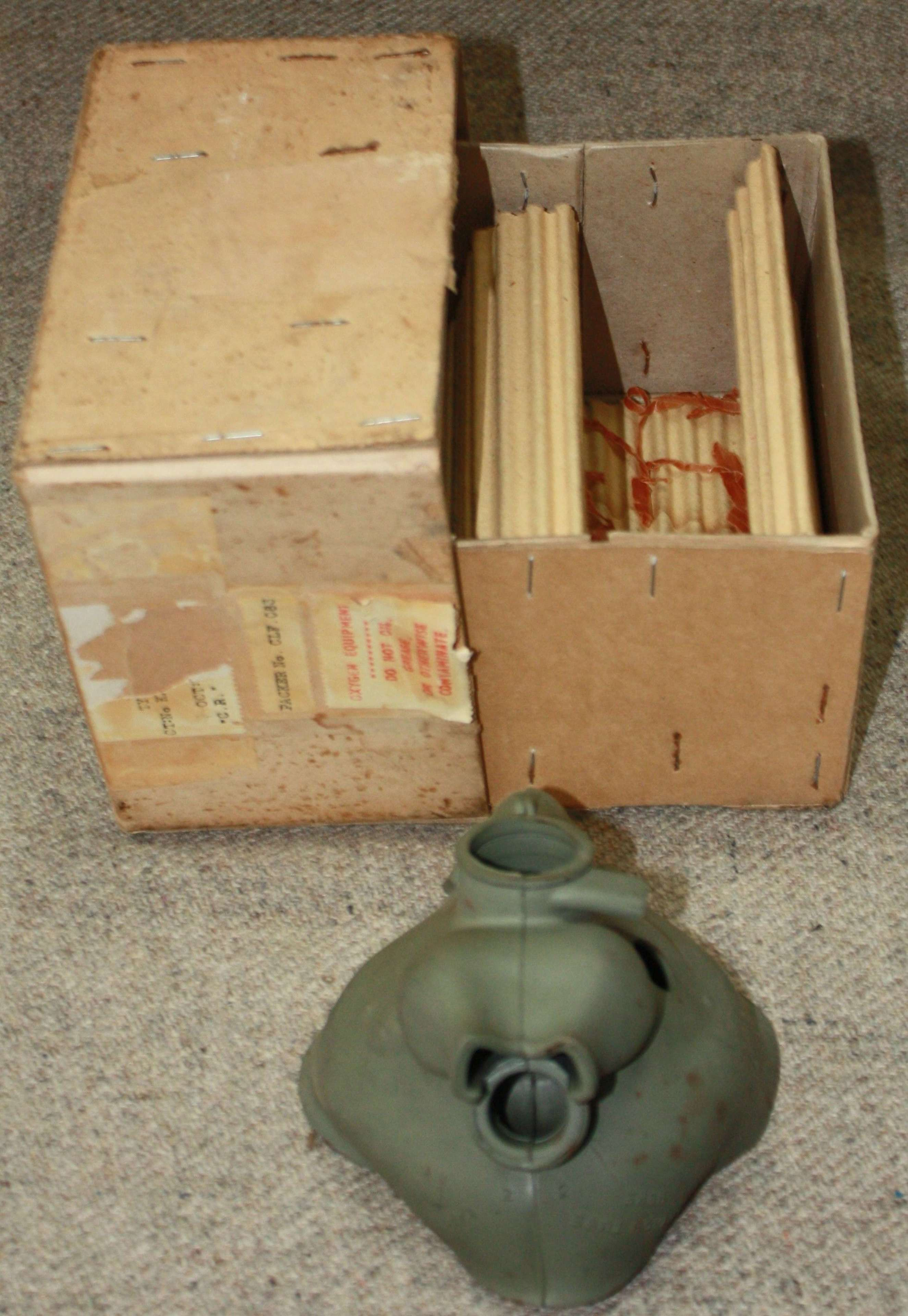 A VERY GOOD CONDITION 1967 DATED H TYPE FLYING MASK