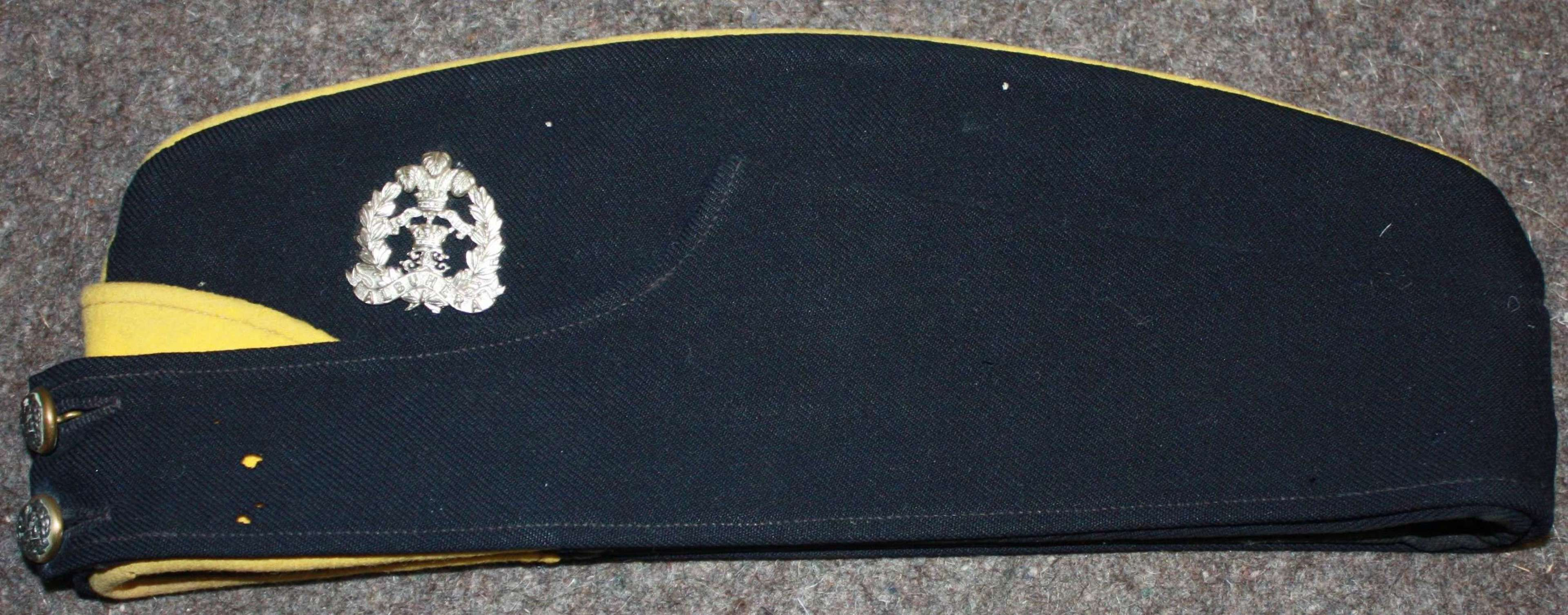 A OFFICERS MIDDLESEX REGT SIDE CAP