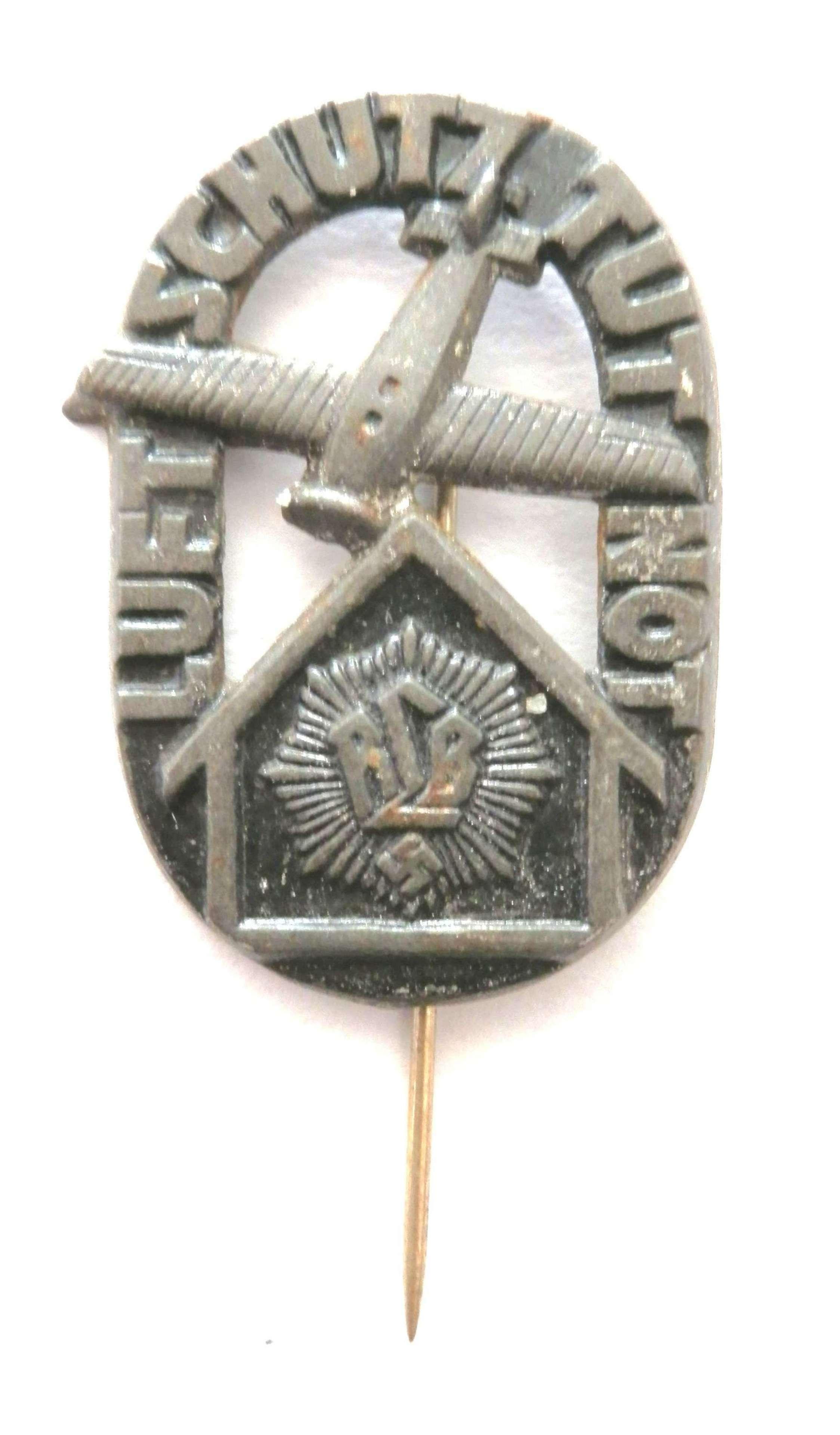 RLB 'Reichs Luftschutz Bund' Badge.