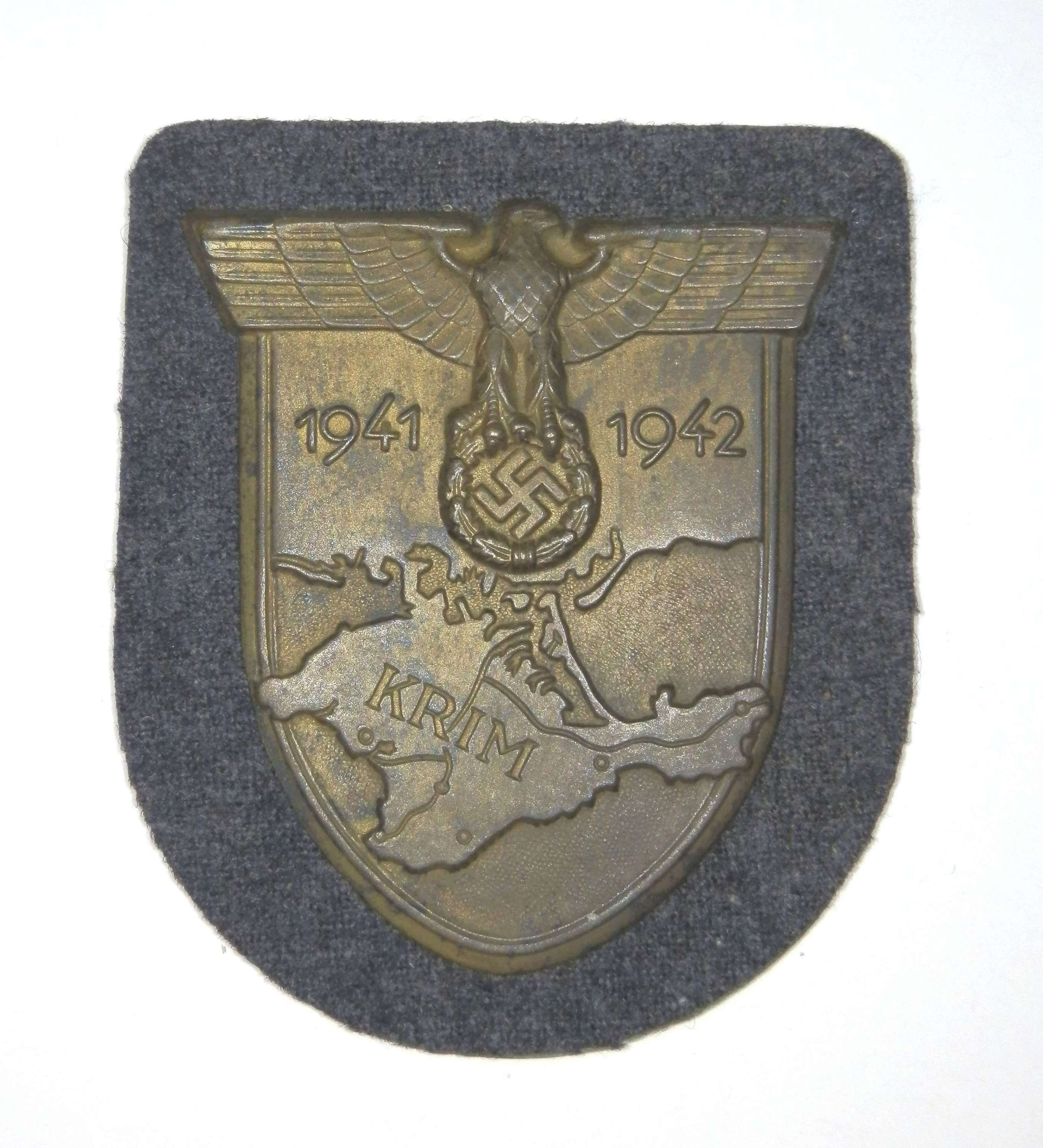 Crimea Shield, Luftwaffe issue.