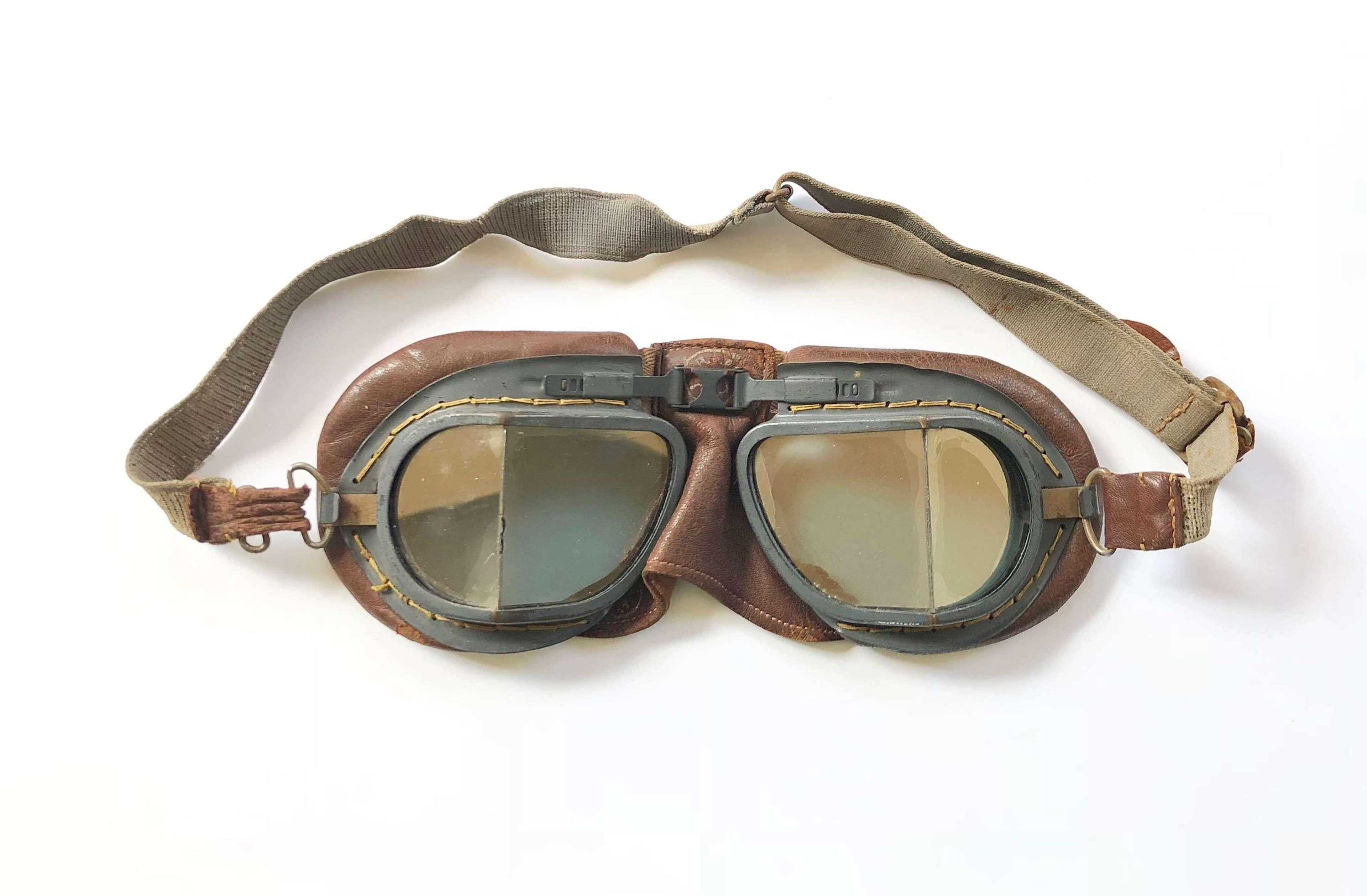 WW2 RAF Aircrew MKVIII Flying Goggles.