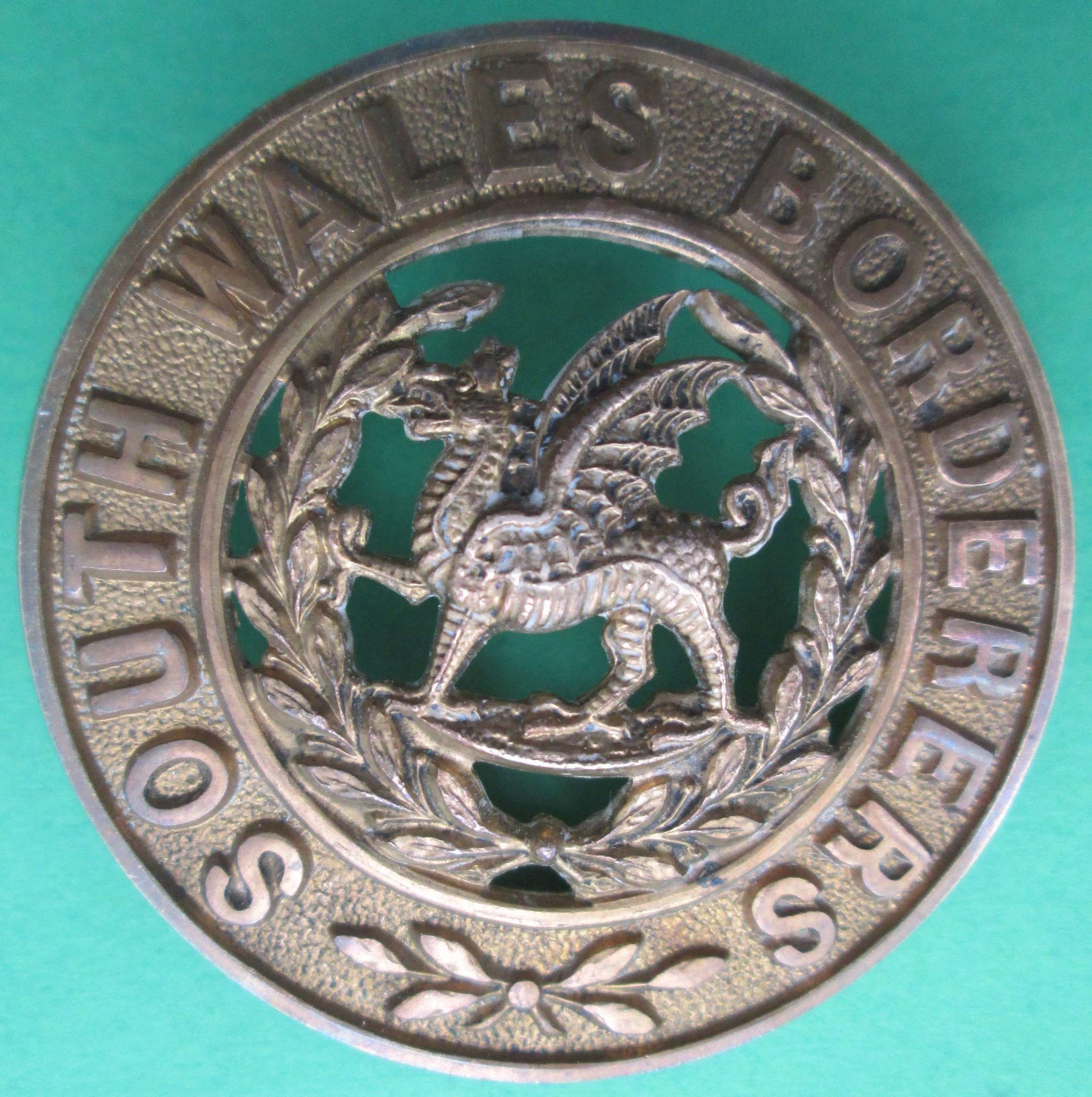 HELMET PLATE CENTRE FOR THE SOUTH WALES BORDERERS