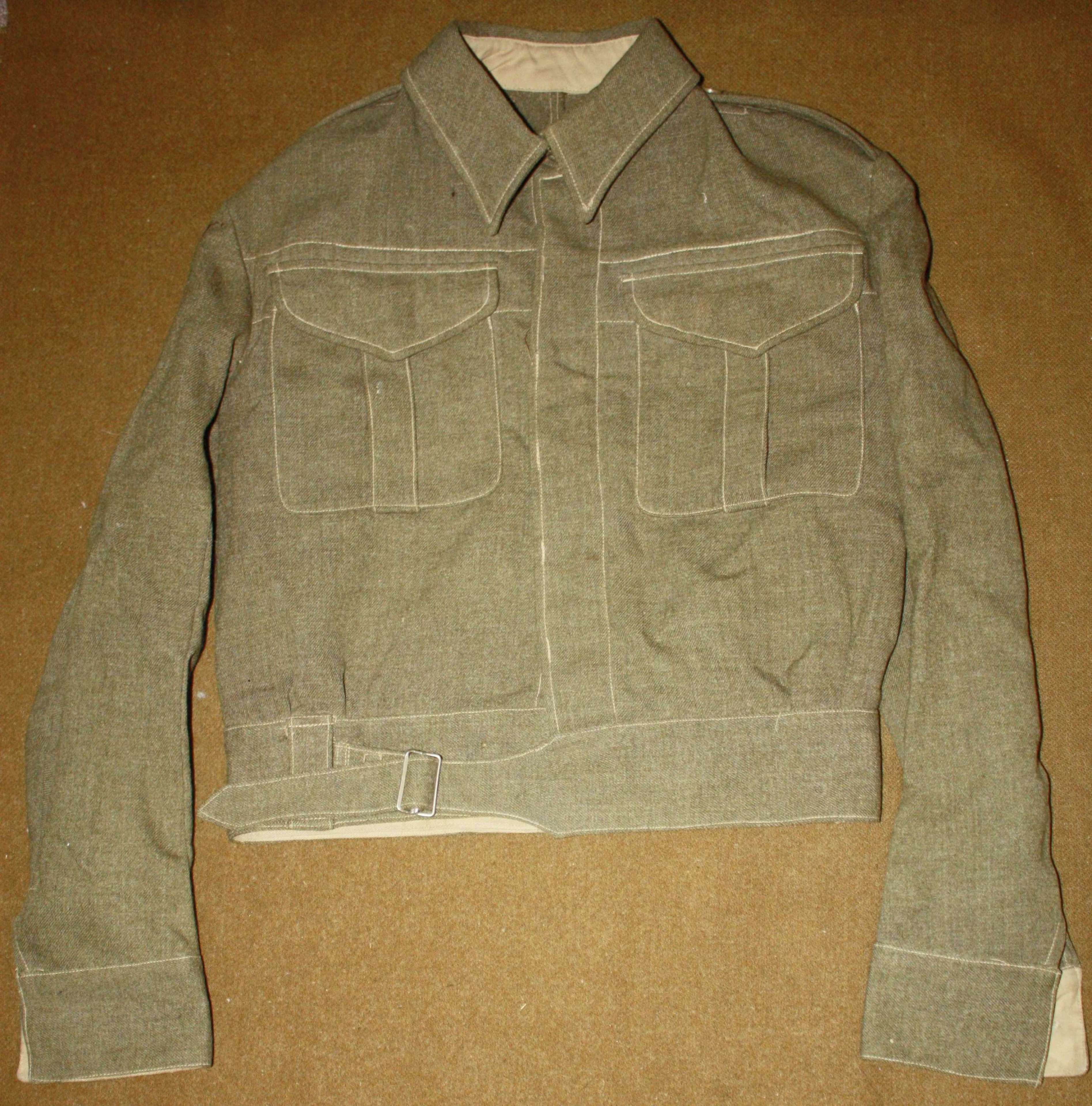 A FAIRLY GOOD WWII NEW ZEALAND BD JACKET SIZE 11