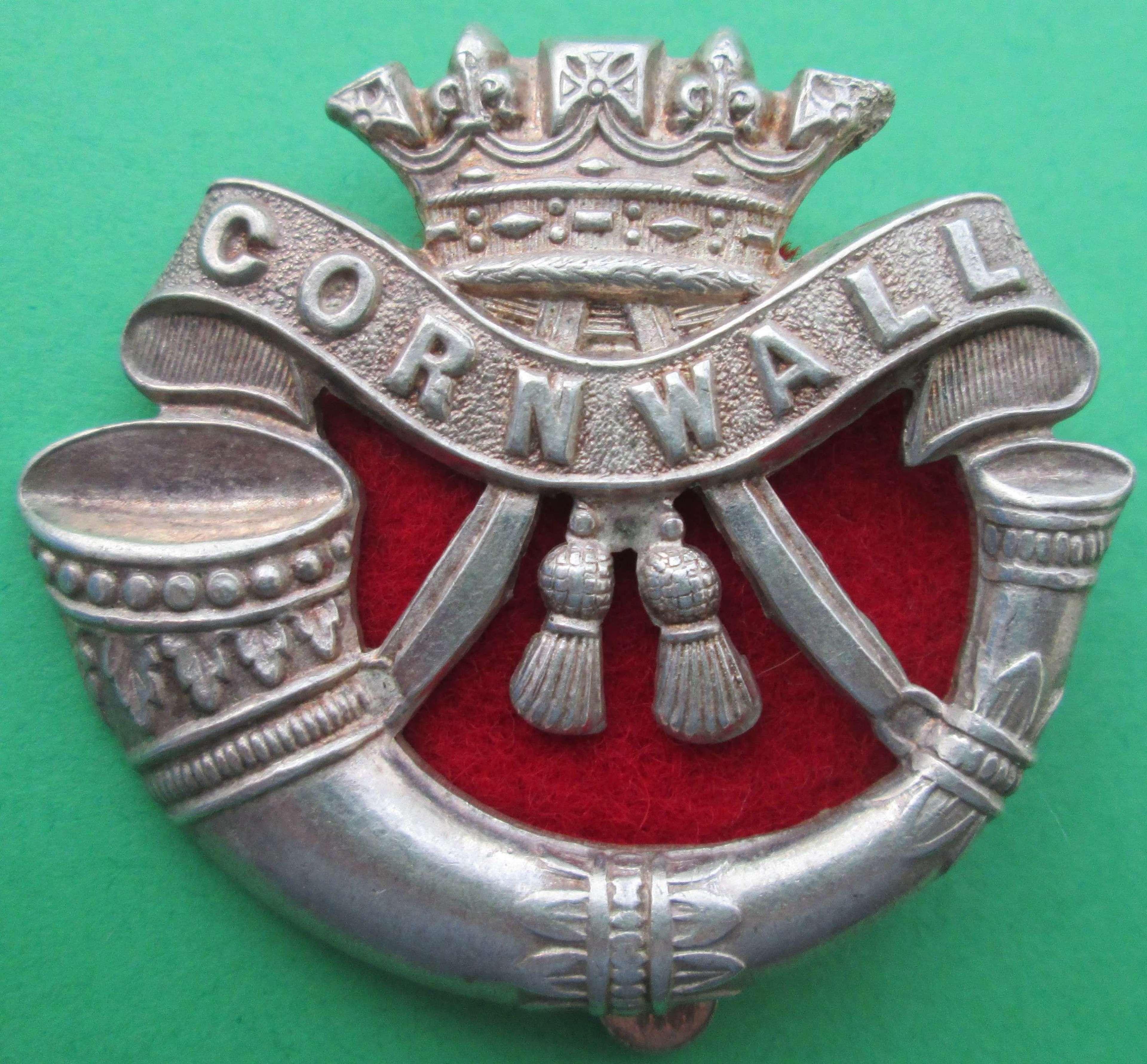 A DUKE OF CORNWALL'S LIGHT INFANTRY CAP BADGE