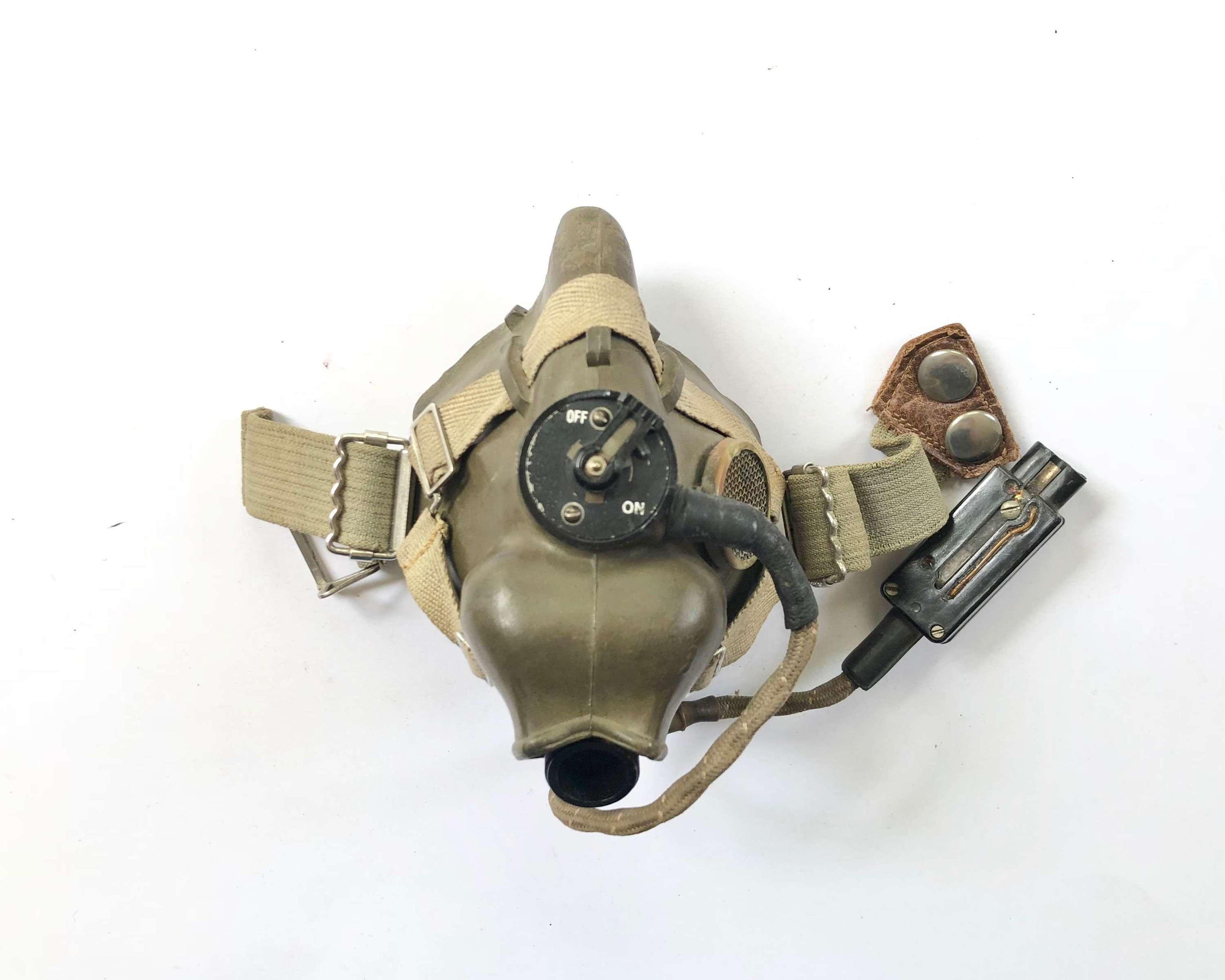 WW2 RAF Aircrew 1945 H Type Oxygen Mask.