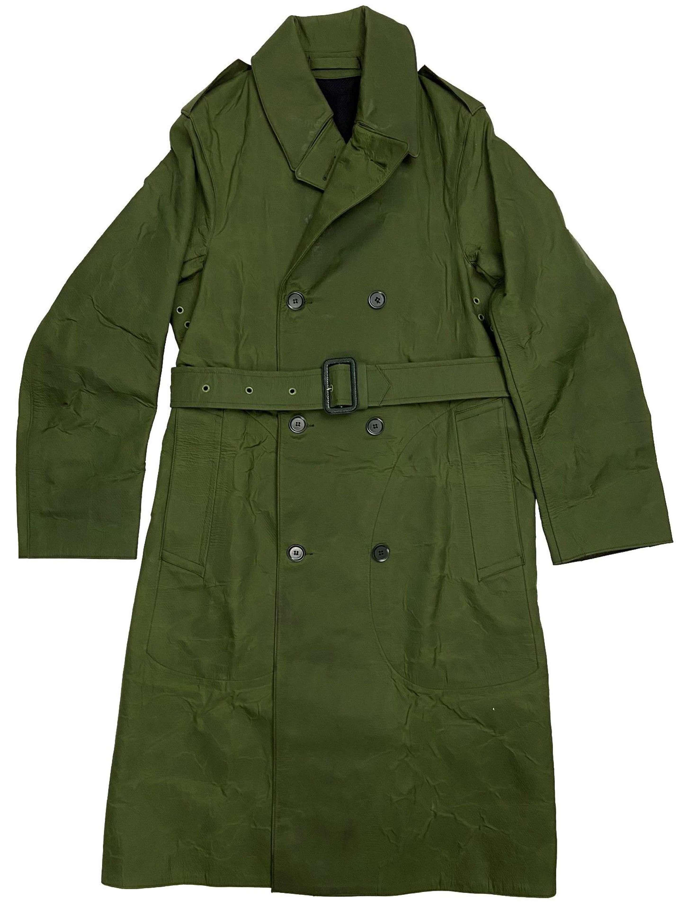 Original 1960s British Army 'Mackintosh Man's RCMP'
