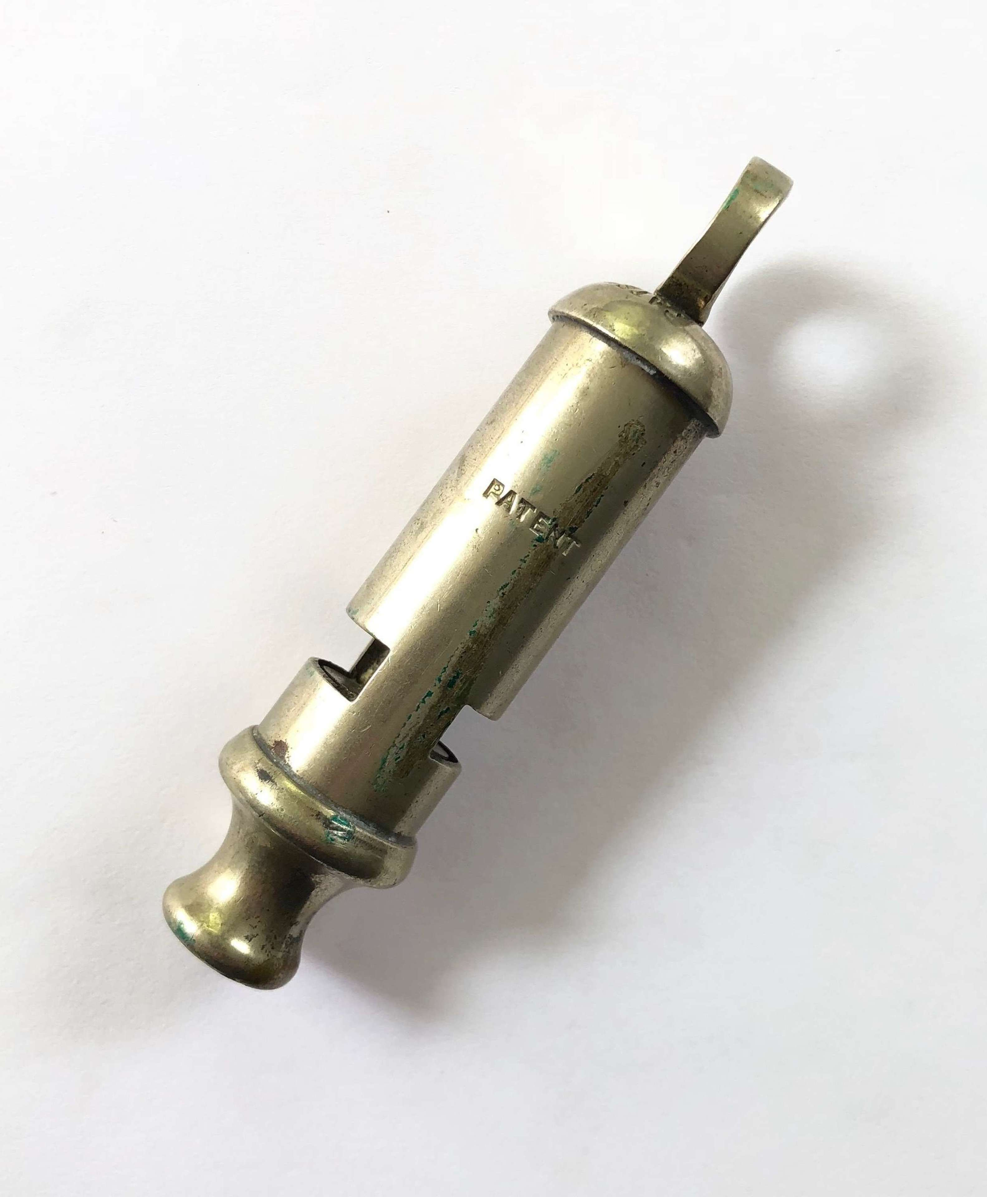 WW1 / WW2 Officer Style Trench Whistle.