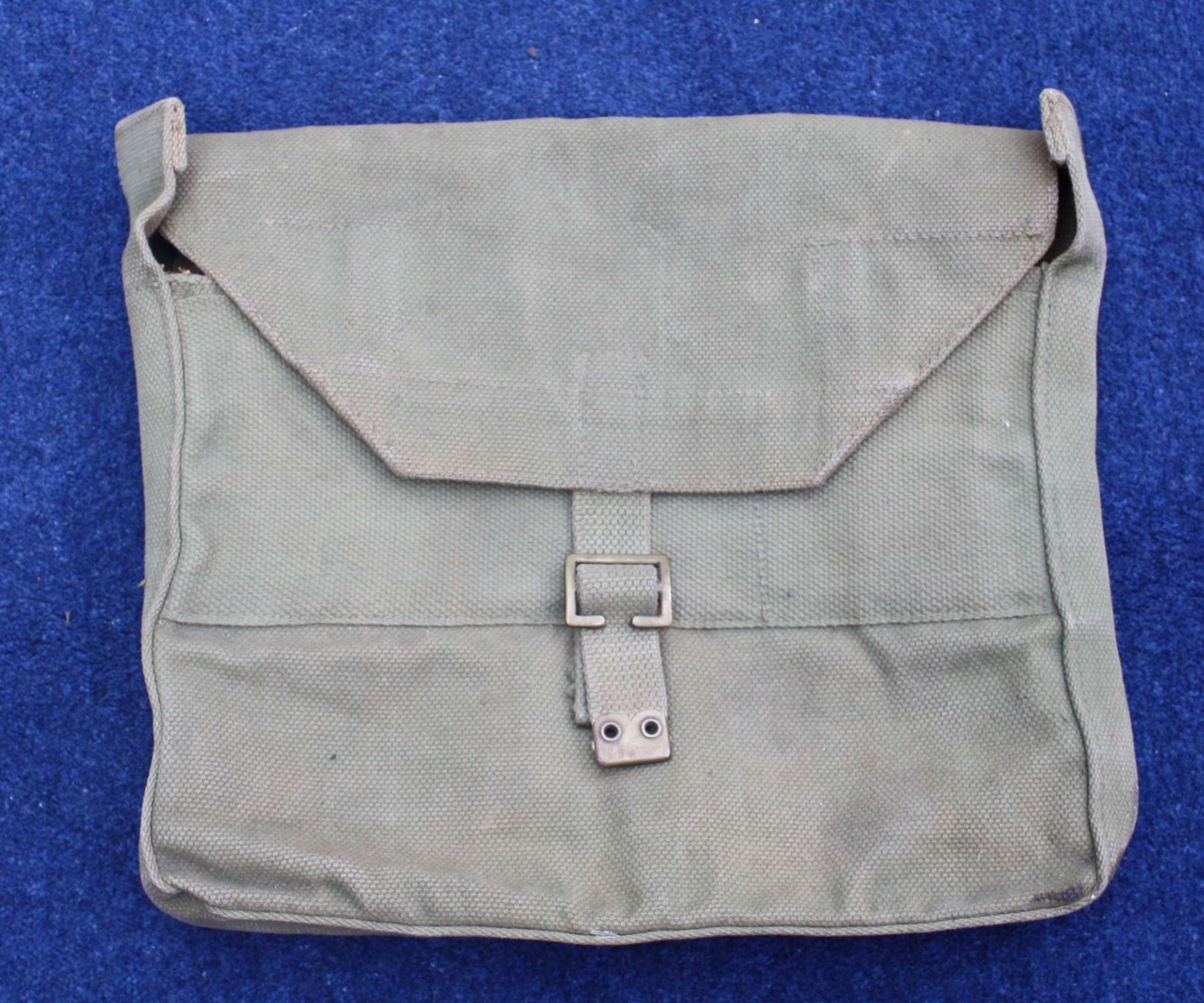 WW2 British Officers Haversack Valise dated 1941. Very Good Condition.