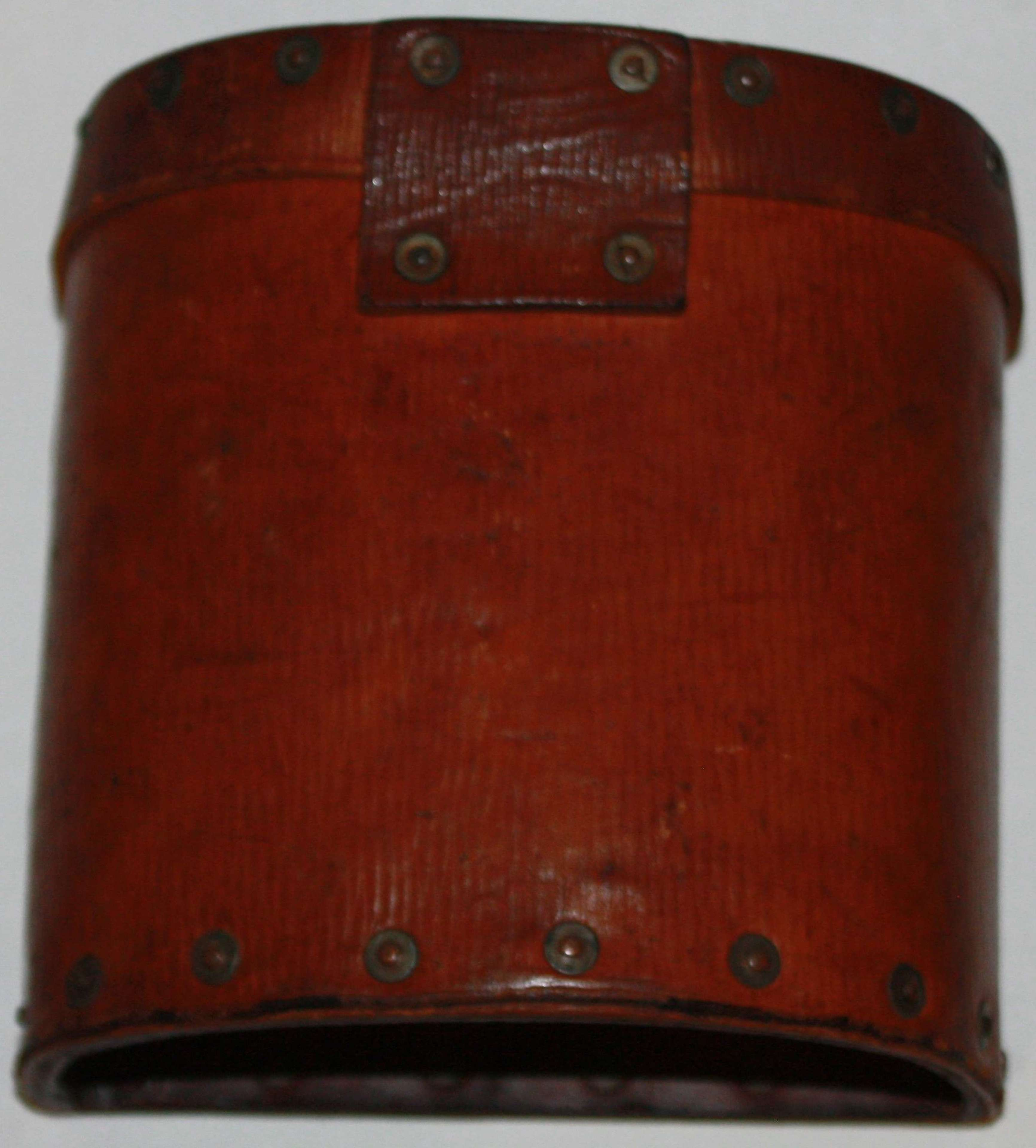 A SCARCE COMPLETE 1939 PATTERN LEATHER EQUIPMENT BINCOULER CASE
