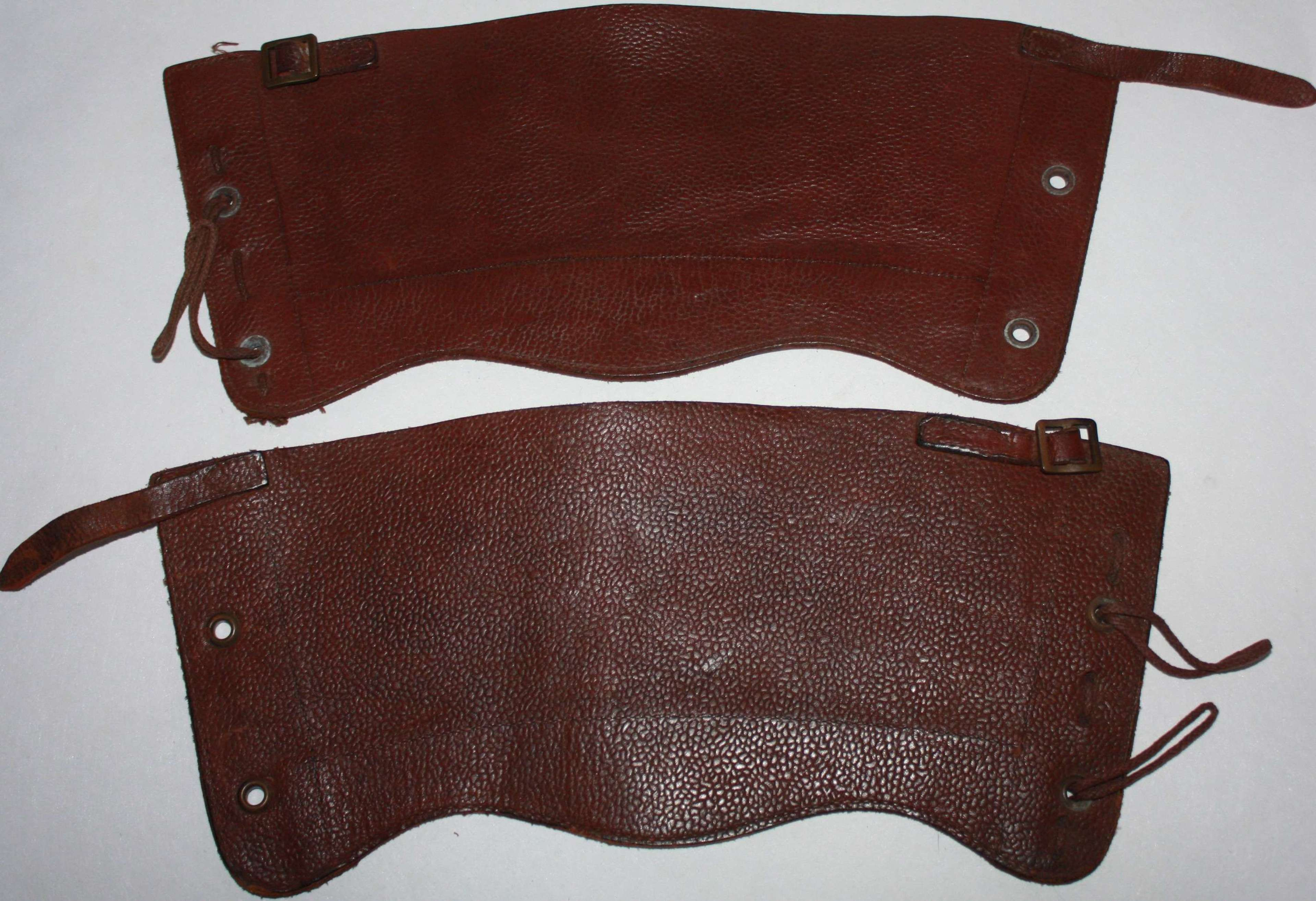 A GOOD PAIR OF THE WWII ATS LEATHER GATTERS