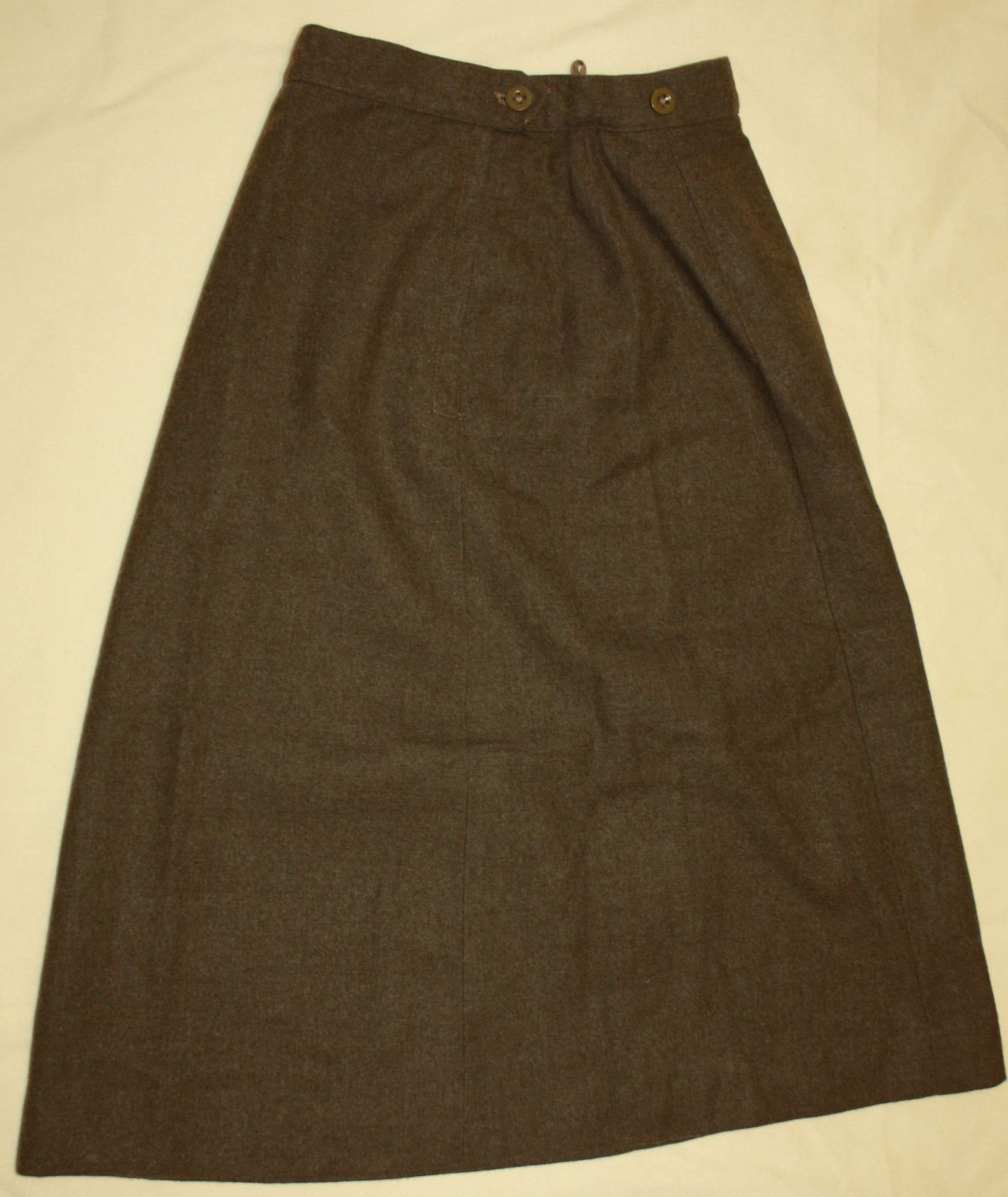 A GOOD 1951 DATED WRAC SKIRT ( SIMULAR TO THE WWII ATS SKIRTS )