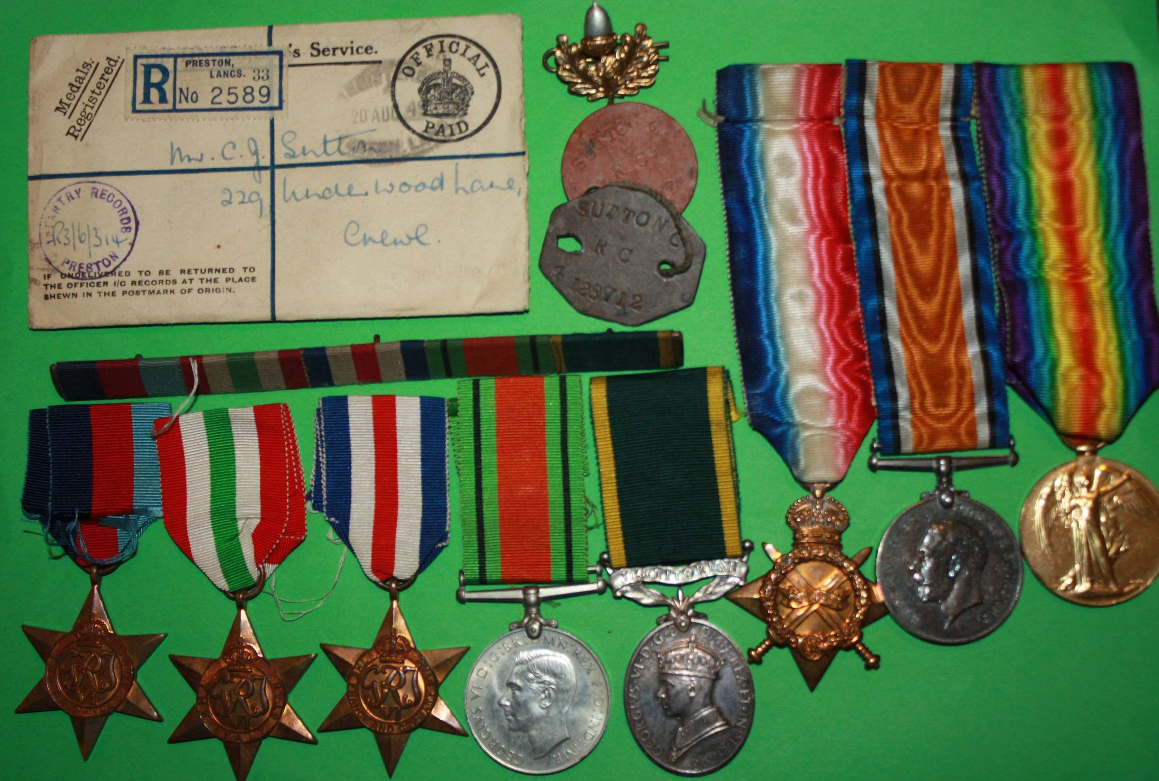 A WWI 14-14 TRIO AND WWII TEM GROUP TO FATHER AND SON