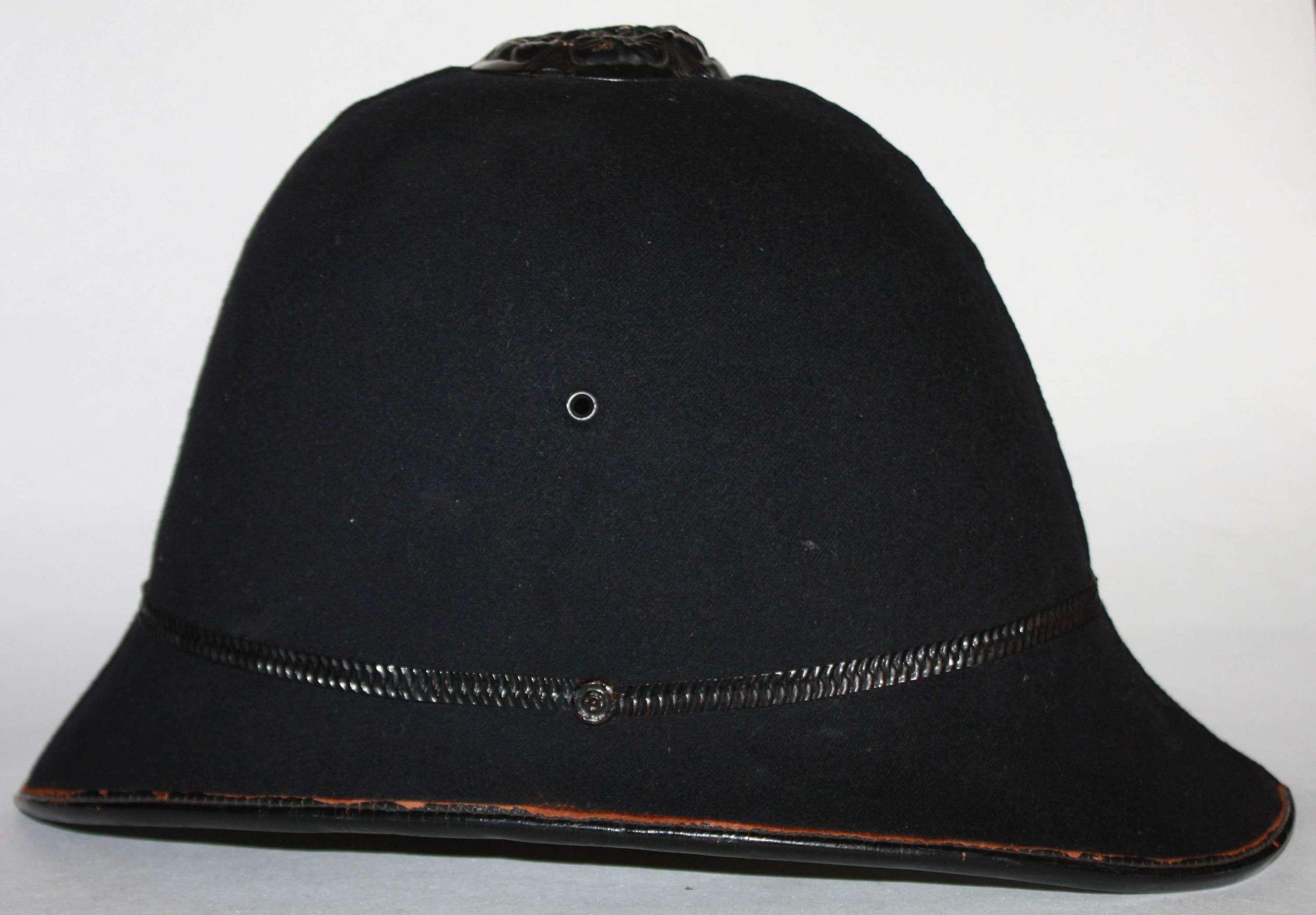 A WWII SINGLE VENT ROSE TOP POLICE HELMET ( UNUSED )