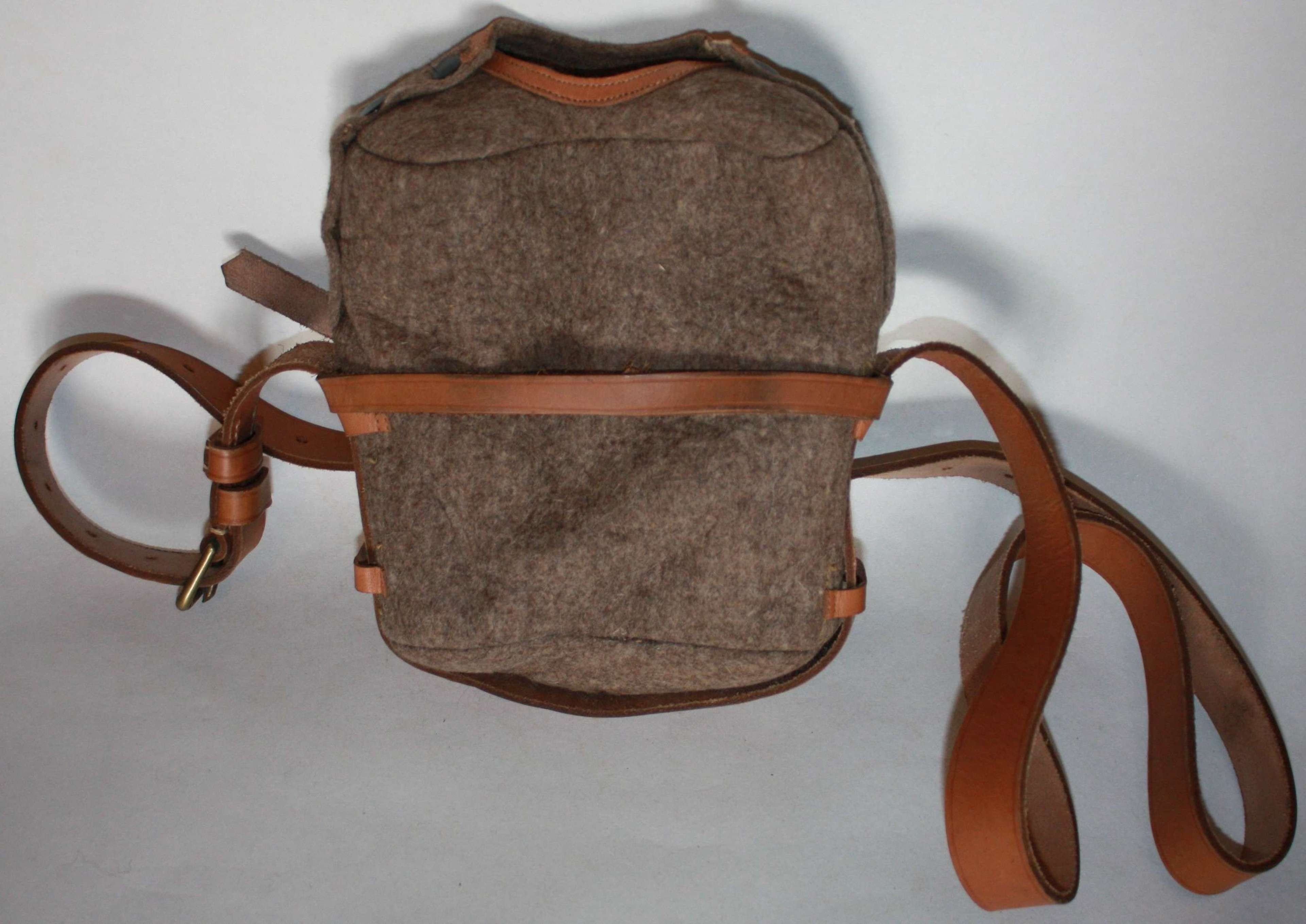A GOOD MINT POST WWII LARGE SIZE WATER BOTTLE CARRIER AND FELT POUCH