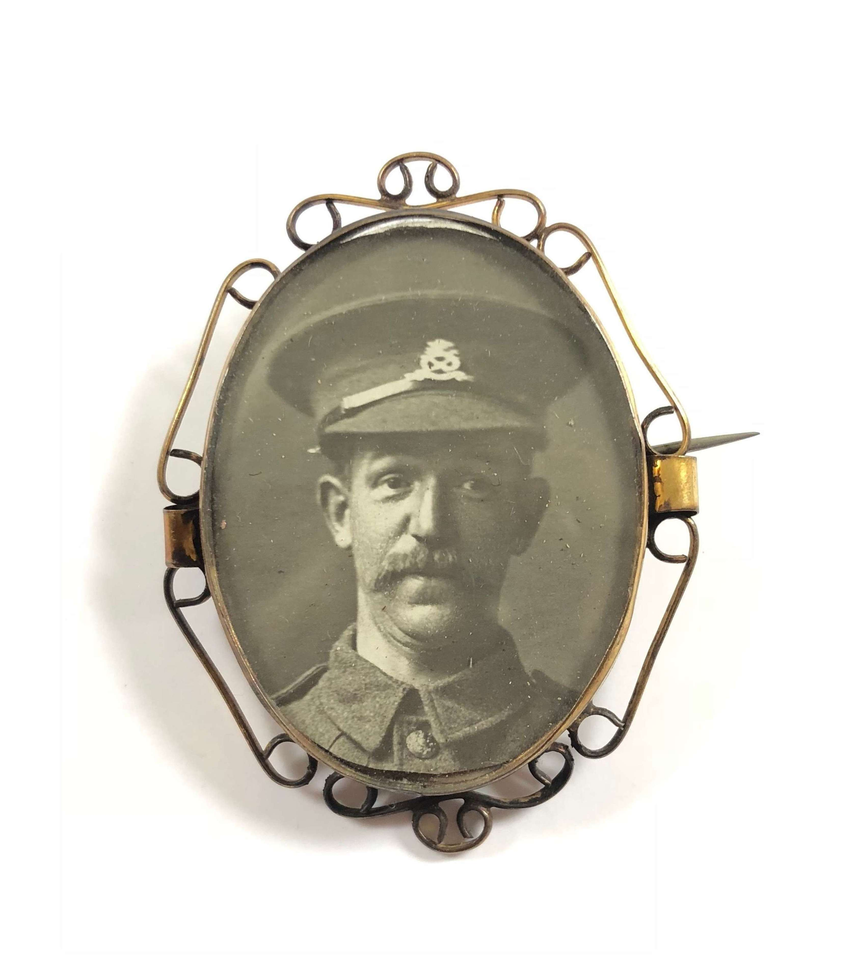 WW1 North Staffordshire Regiment Sweetheart Picture Brooch.