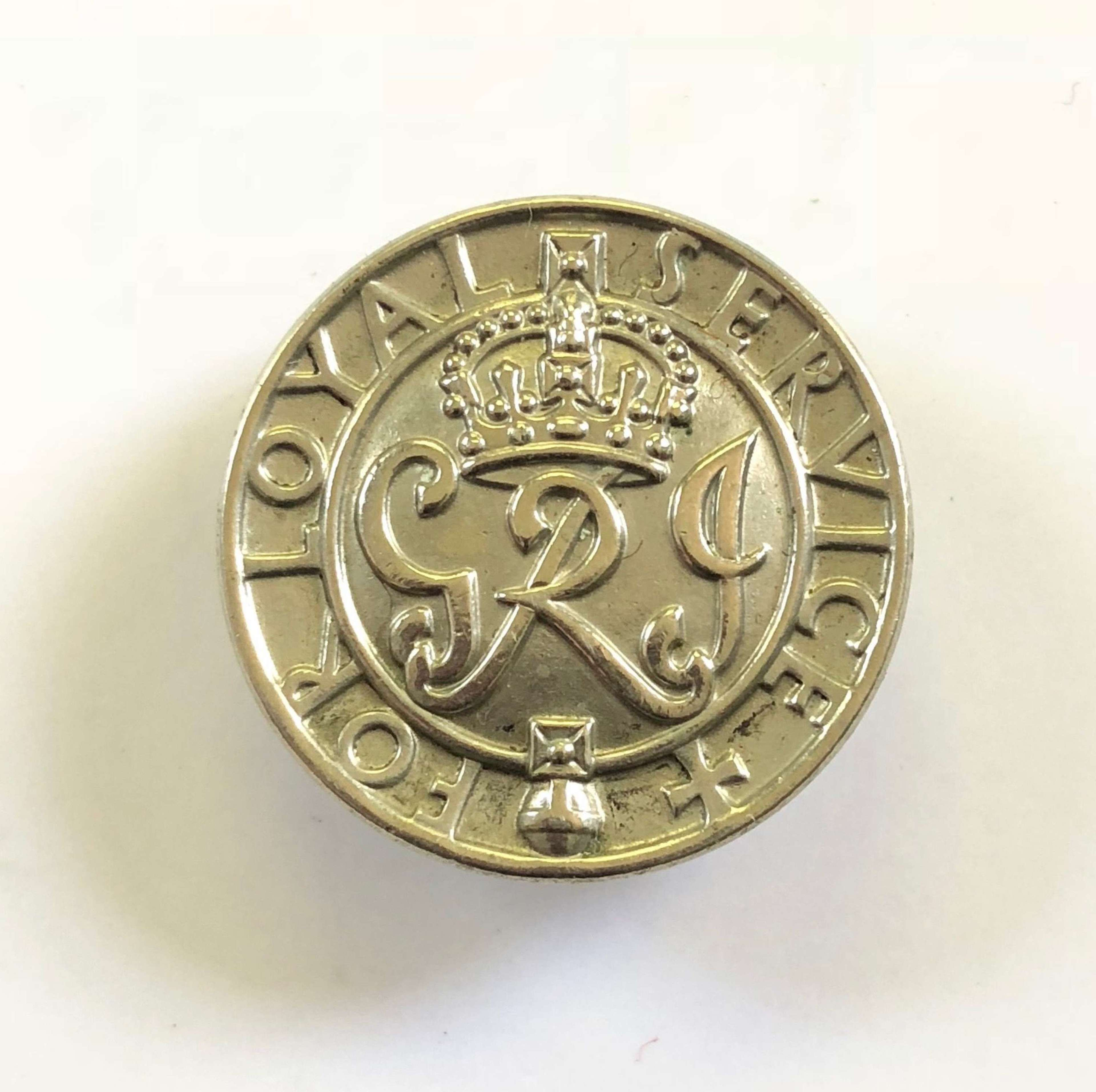 WW2 The Kings Badge Ministry of Pensions for loyal service Badge