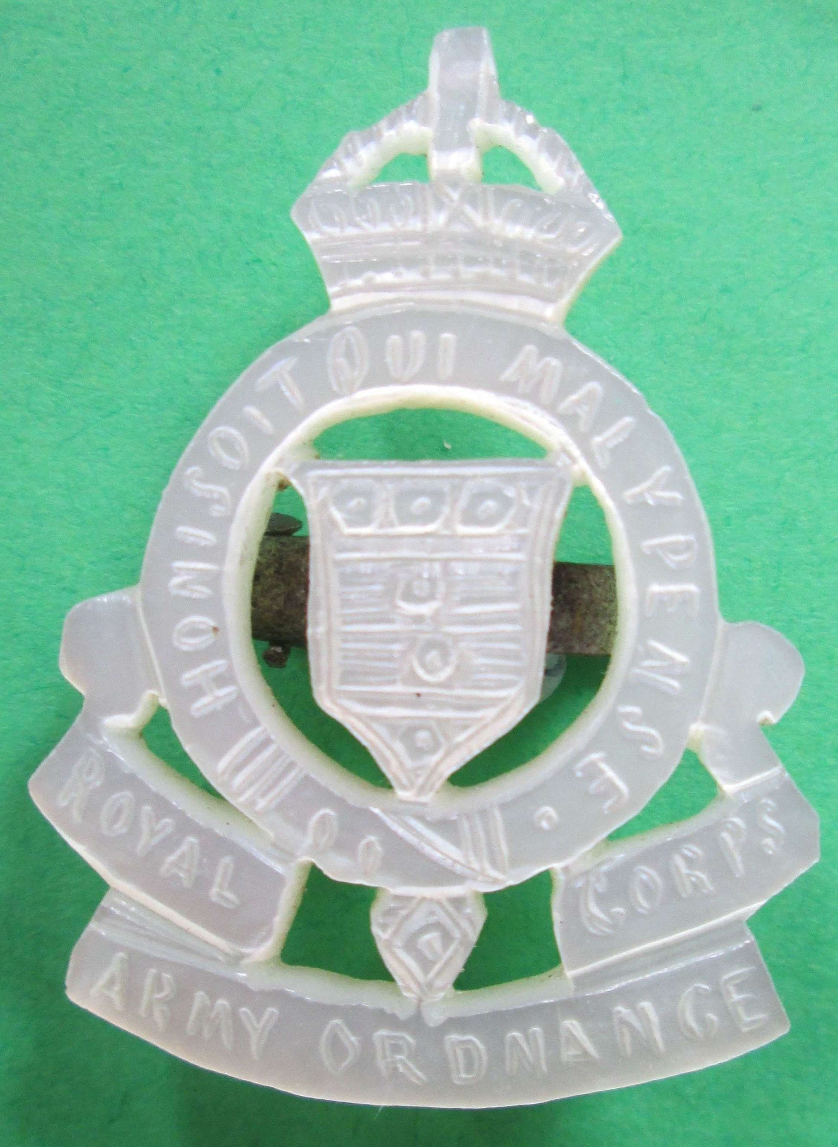 SWEETHEART BROOCH FOR THE ROYAL ARMY ORDNANCE CORPS