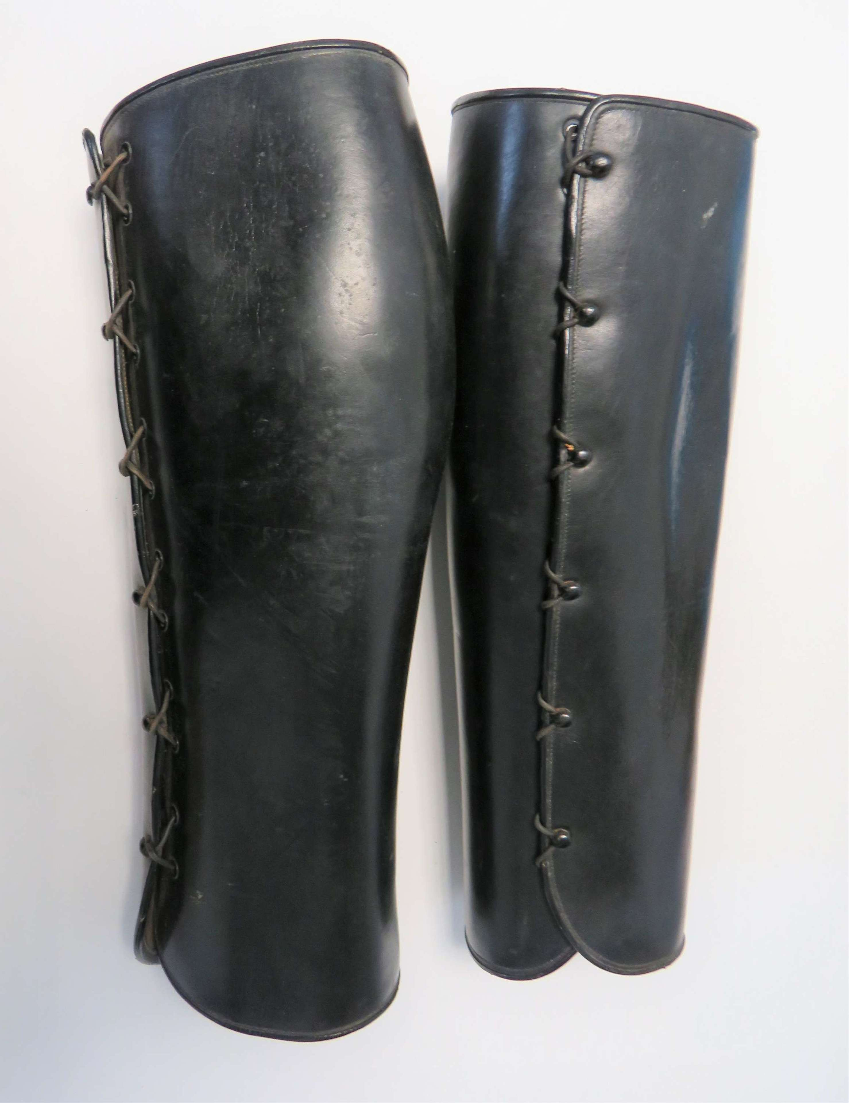 Pair of Interwar Rifle Officers Leather Gaiters