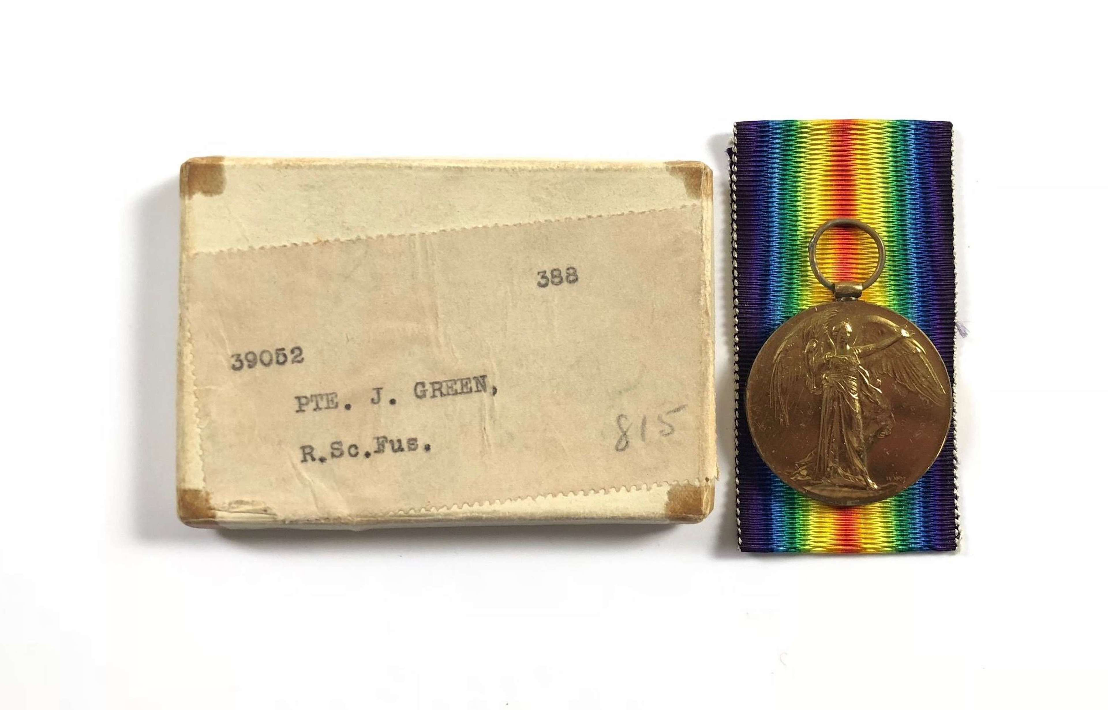 WW1 Royal Scots Fusiliers Victory Medal and Card Box.
