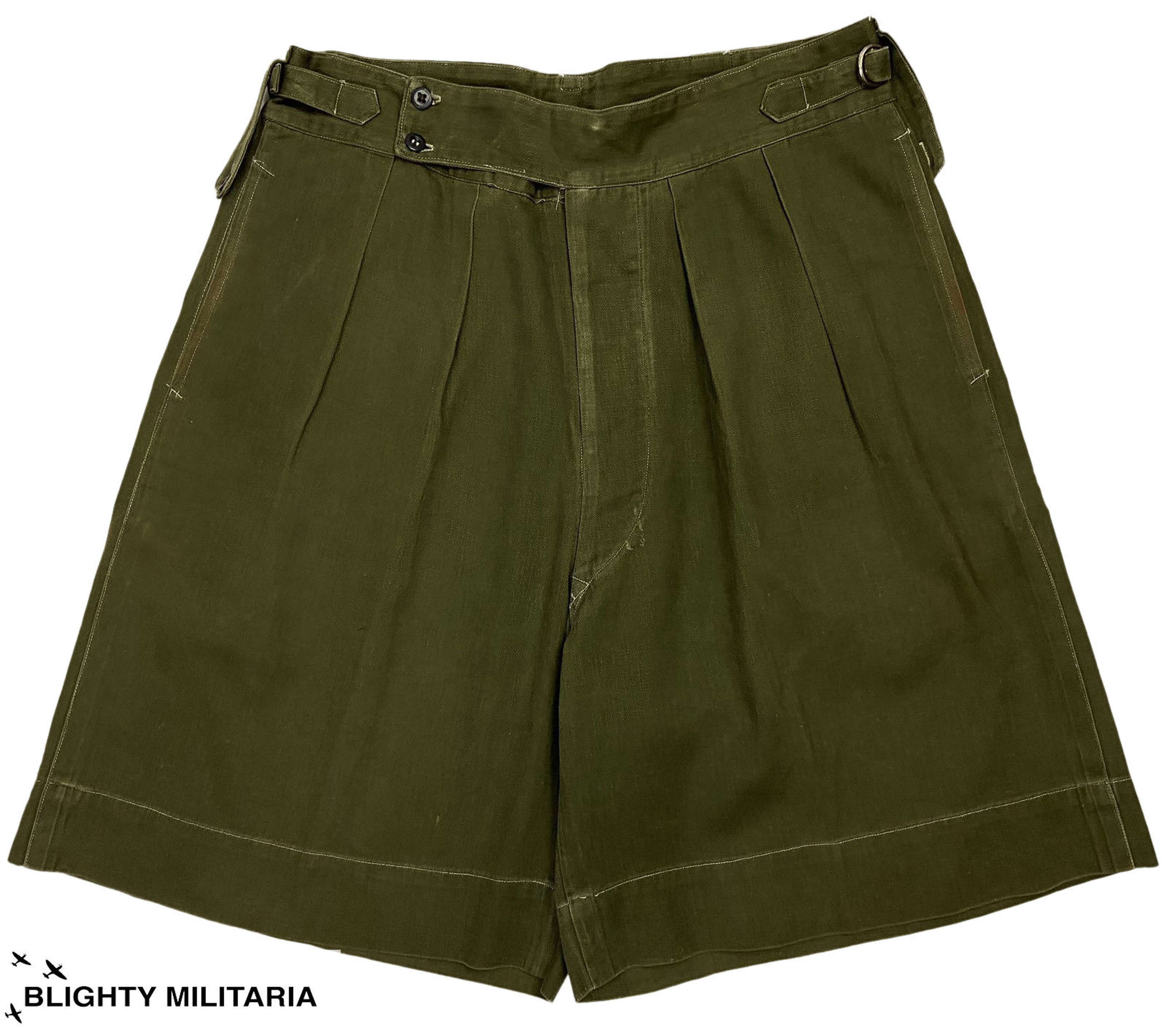 Original 1950s British Jungle Green Shorts - Size 33